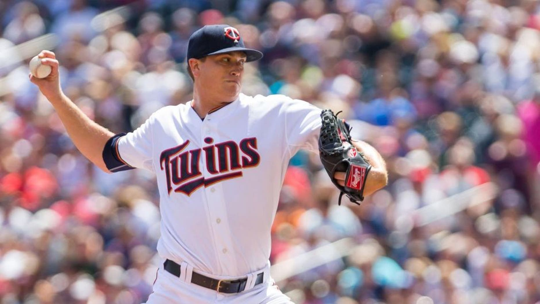 Jul 26, 2015; Minneapolis, MN, USA; Minnesota Twins starting pitcher Kyle Gibson pitches in the first inning against the New York Yankees at Target Field.