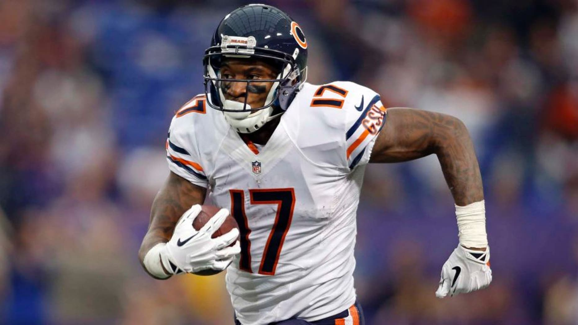 Dec 1, 2013; Minneapolis, MN, USA; Chicago Bears wide receiver Alshon Jeffery (17) catches a pass against the Minnesota Vikings for an 80 yard touchdown catch in the third quarter at Mall of America Field at H.H.H. Metrodome. Vikings win 23-20 in overtime.
