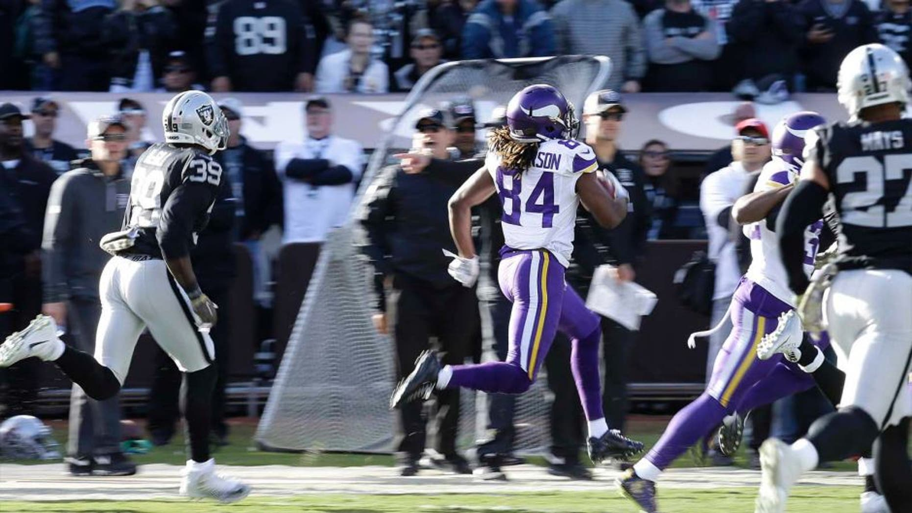 Minnesota Vikings wide receiver Cordarrelle Patterson returns a kickoff for a touchdown against the Oakland Raiders during the first half in Oakland, Calif., on Sunday, Nov. 15, 2015.