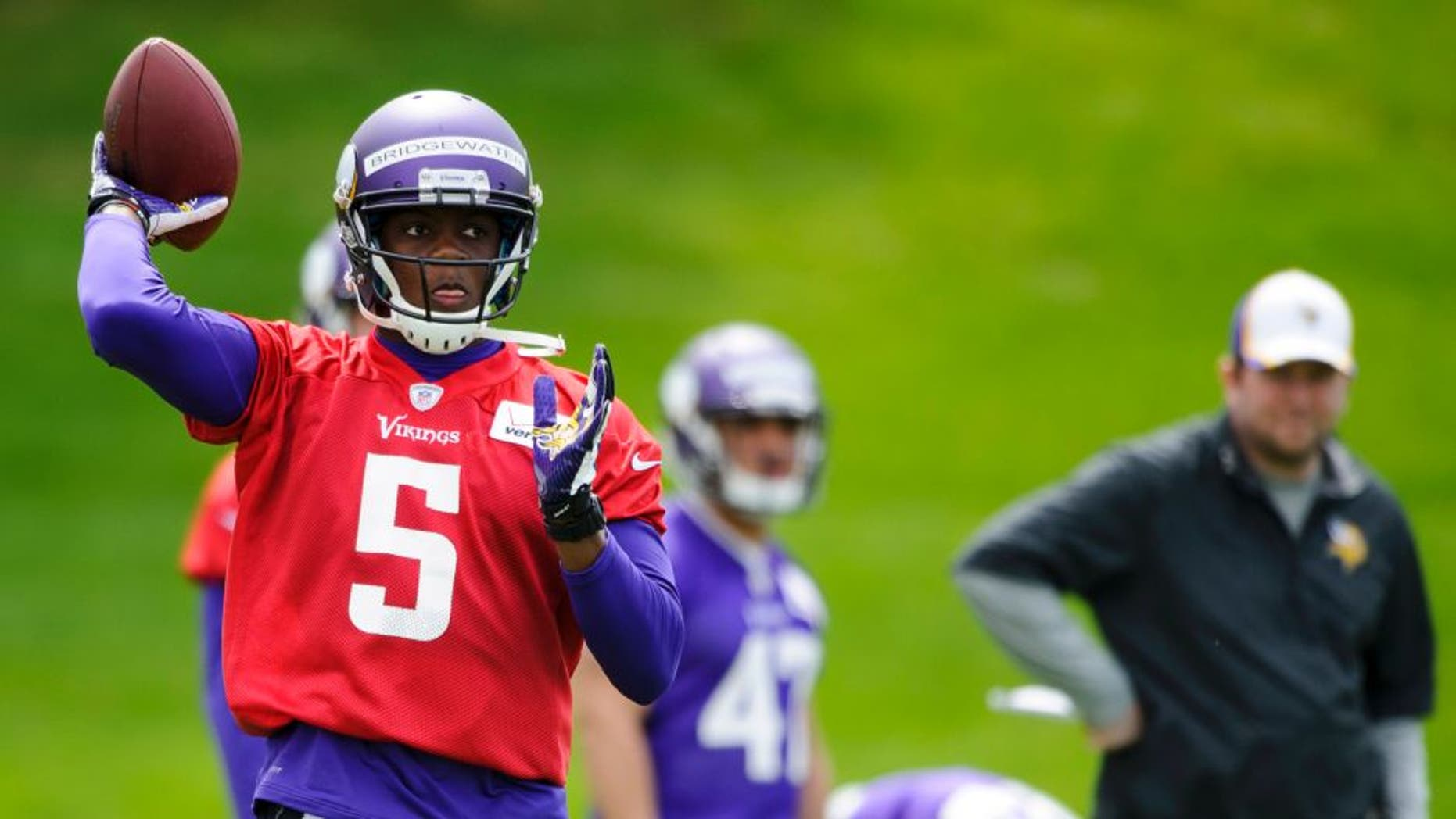 EDEN PRAIRIE, MN - MAY 16: Teddy Bridgewater #5 of the Minnesota Vikings runs a drill during rookie minicamp on May 16, 2014 at Winter Park in Eden Prairie, Minnesota. (Photo by Hannah Foslien/Getty Images)