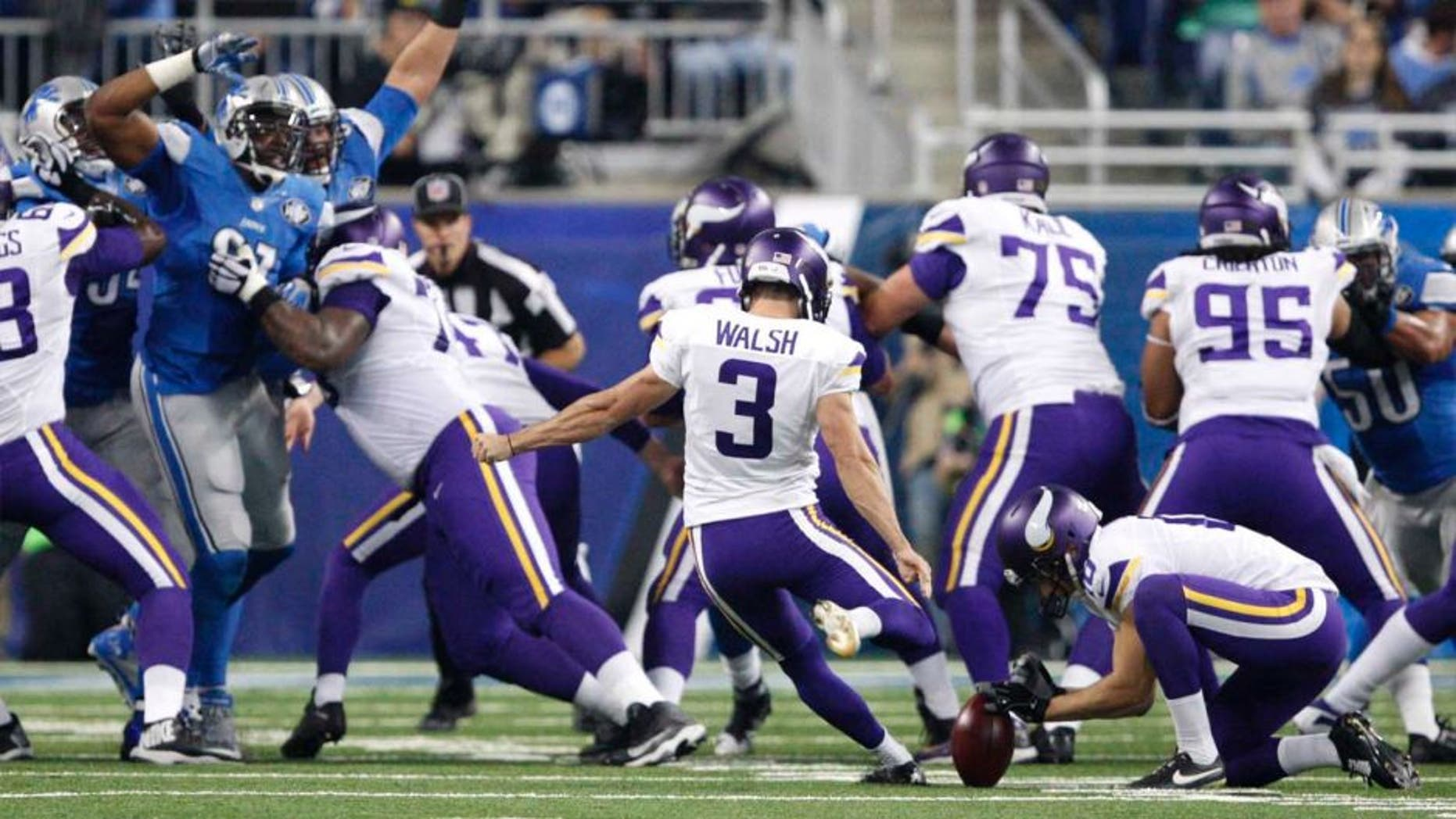 Minnesota Vikings kicker Blair Walsh kicks a field goal during the first quarter against the Detroit Lions at Ford Field in Detroit on Sunday, Oct. 25, 2015.