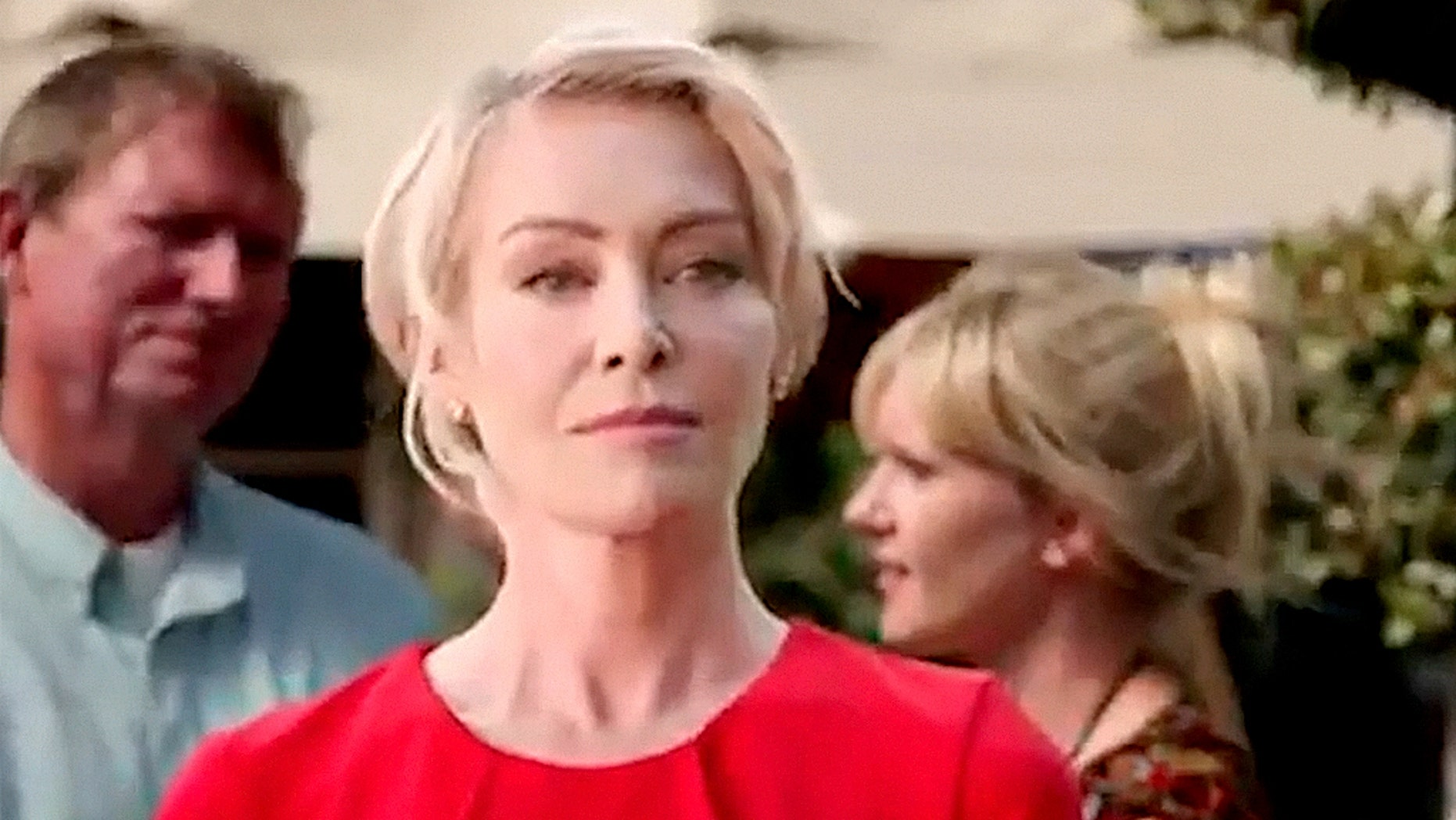 """Portia de Rossi appeared in season 5 of """"Arrested Development"""" but her scenes confused some fans."""