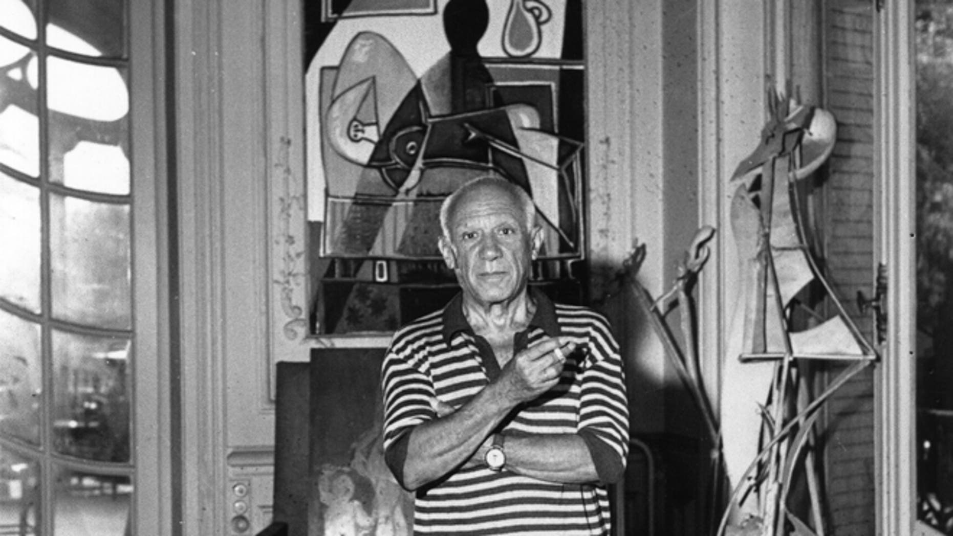 29th September 1955:  Spanish painter Pablo Picasso (1881 - 1973) in his villa 'La Californie' at Cannes.  (Photo by George Stroud/Express/Getty Images)