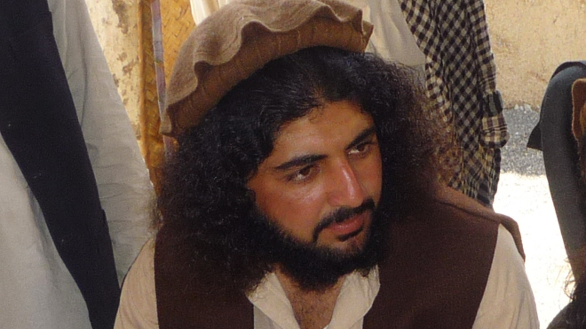 Oct. 4, 2009 - FILE photo of Pakistani Taliban commander Latif Mehsud  in Sararogha in south Waziristan in Pakistan. U.S. troops are holding the senior Pakistani Taliban commander they captured in Afghanistan a week ago, an Afghan provincial official said Friday,