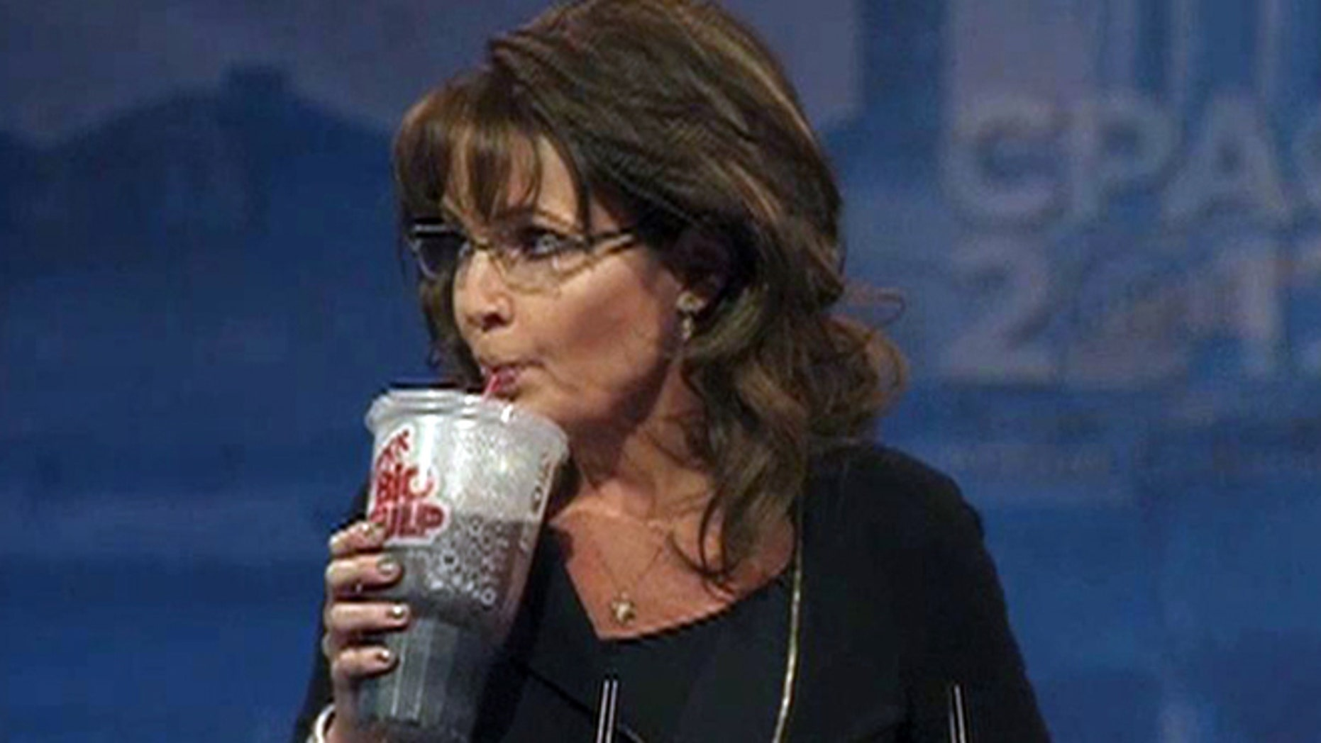 Sarah Palin takes a break from her CPAC speech to poke fun at Mayor Bloomberg's large soda ban.