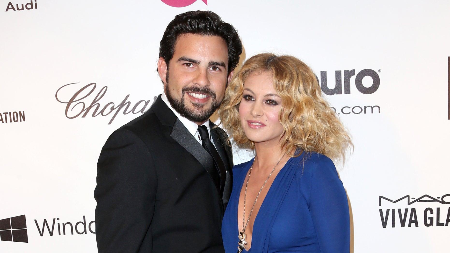 Paulina Rubio y Gerardo Bazua el 2 de marzo de 2014 en Los Ángeles, California.