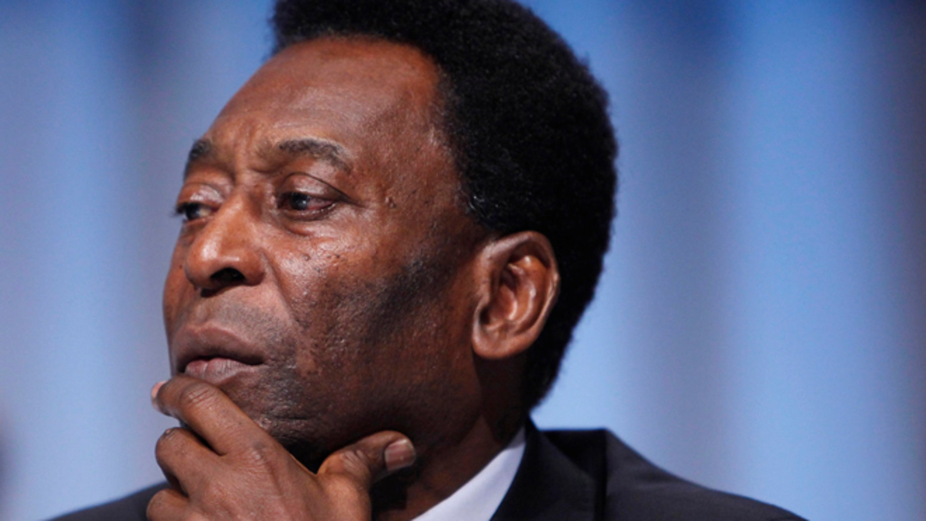 COPENHAGEN, DENMARK - OCTOBER 2:  Brazilian soccer legend Pele, who accompanied President Luiz Inacio Lula da Silva, listens during questioning at the Rio de Janeiro 2016 bid presentation during the 121st International Olympic Committee session at the Bella Centeron October 2, 2009 in Copenhagen, Denmark. The 121st session of the International Olympic Committee (IOC) will vote on October 2 on whether Chicago, Tokyo, Rio de Janeiro or Madrid will host the 2016 Olympic Games. (Photo by Charles Dharapak-Pool/Getty Images) *** Local Caption *** Pele