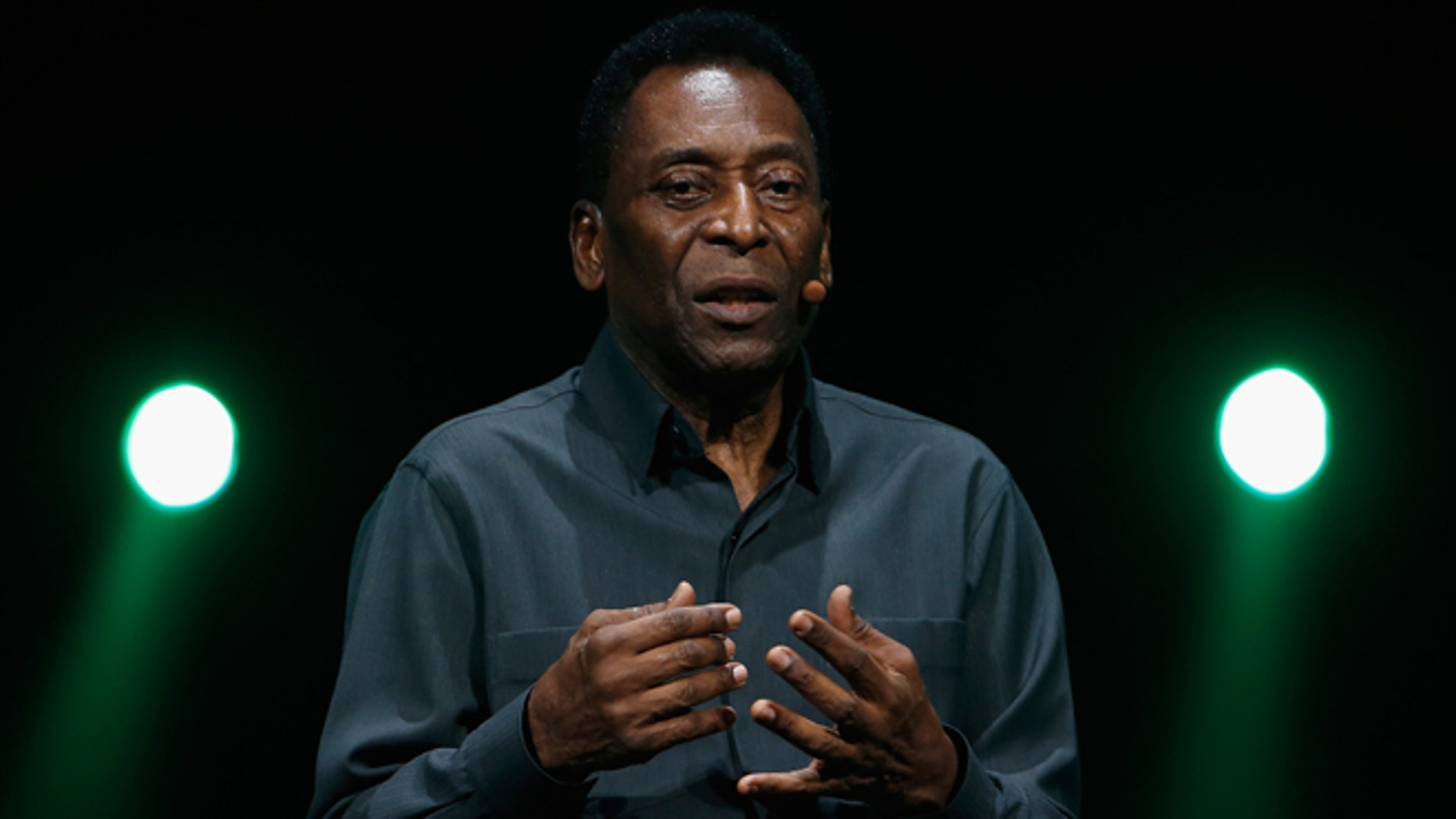 LOS ANGELES, CA - JUNE 15:  Retired Brazilian professional footballer, Pele speaks during the Electronic Arts E3 press conference at the LA Sports Arena on June 15, 2015 in Los Angeles, California. The EA press conference is held in conjunction with the annual Electronic Entertainment Expo (E3) which focuses on gaming systems and interactive entertainment, featuring introductions to new products and technologies.  (Photo by Christian Petersen/Getty Images)