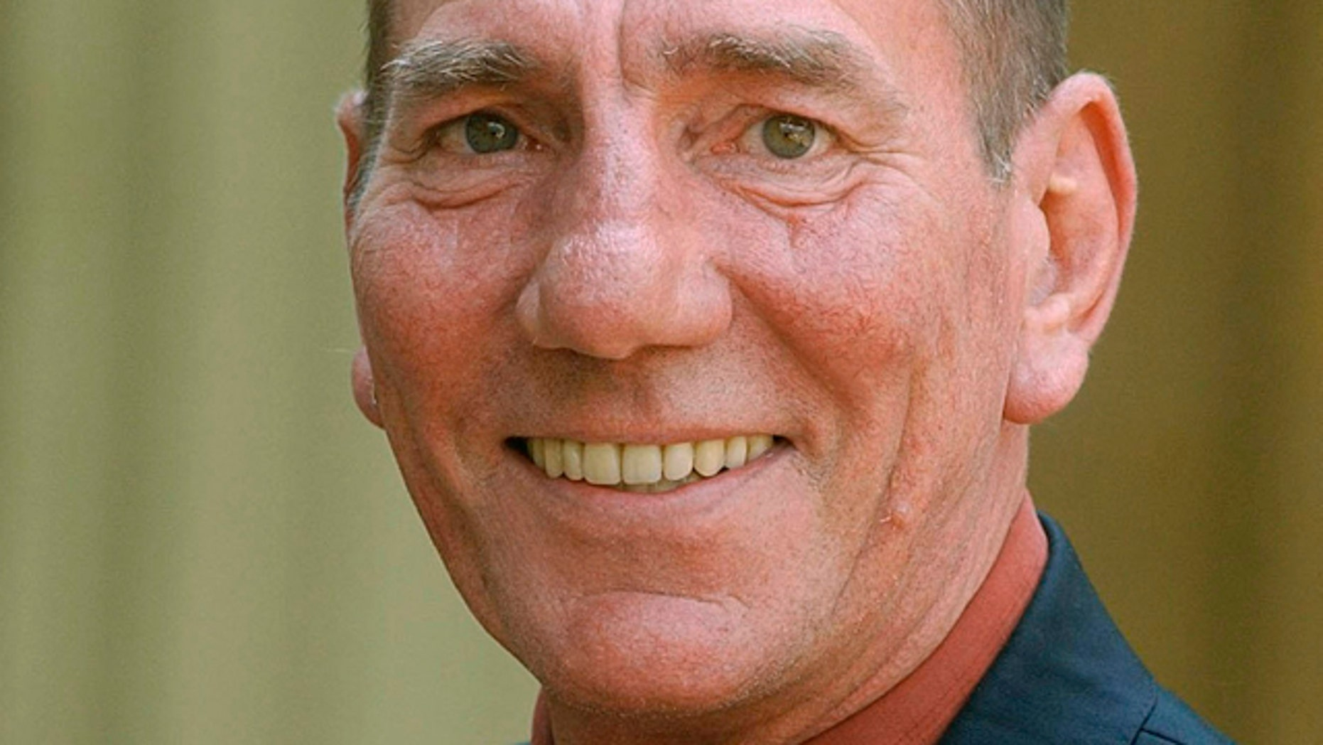 Pete Postlethwaite, who was nominated for an Oscar for his role in 'In the Name of the Father,' has died at age 64.