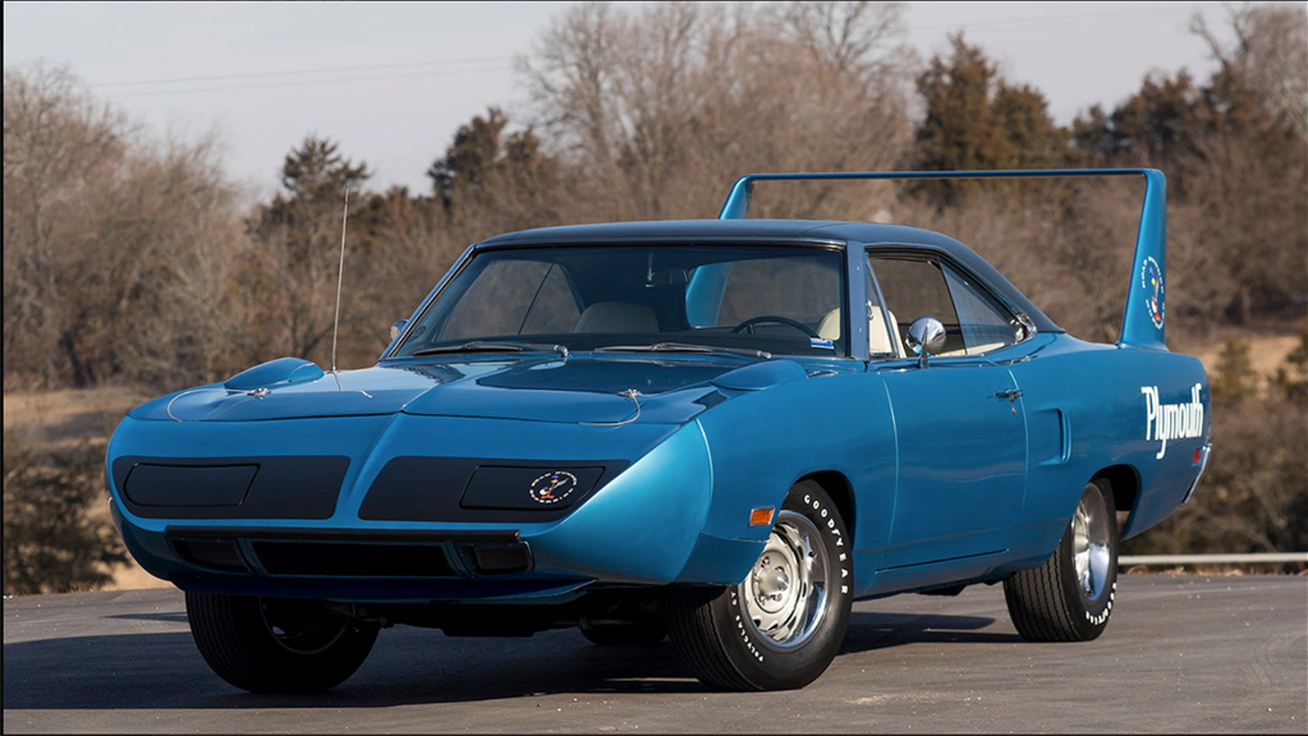 A 1970 Plymouth Superbird is up for auction in Texas and is expected to go for six figures.