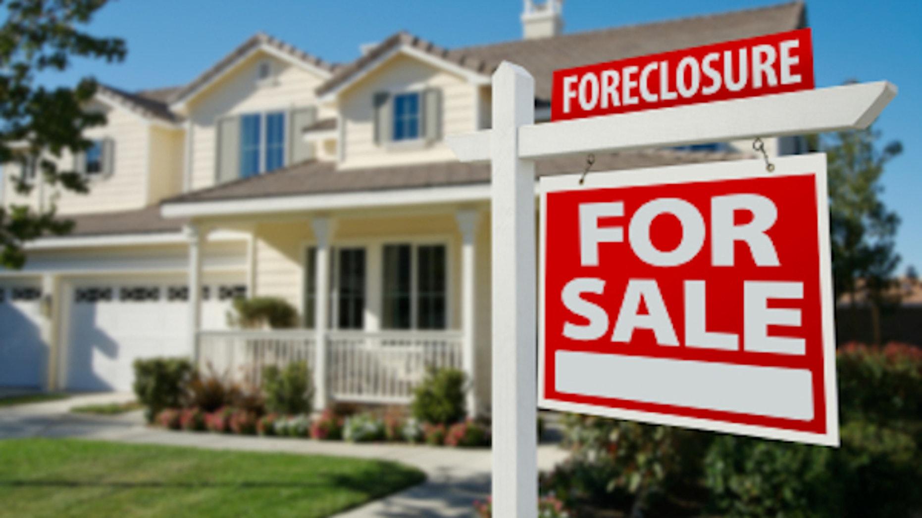 Predictions - Foreclosure