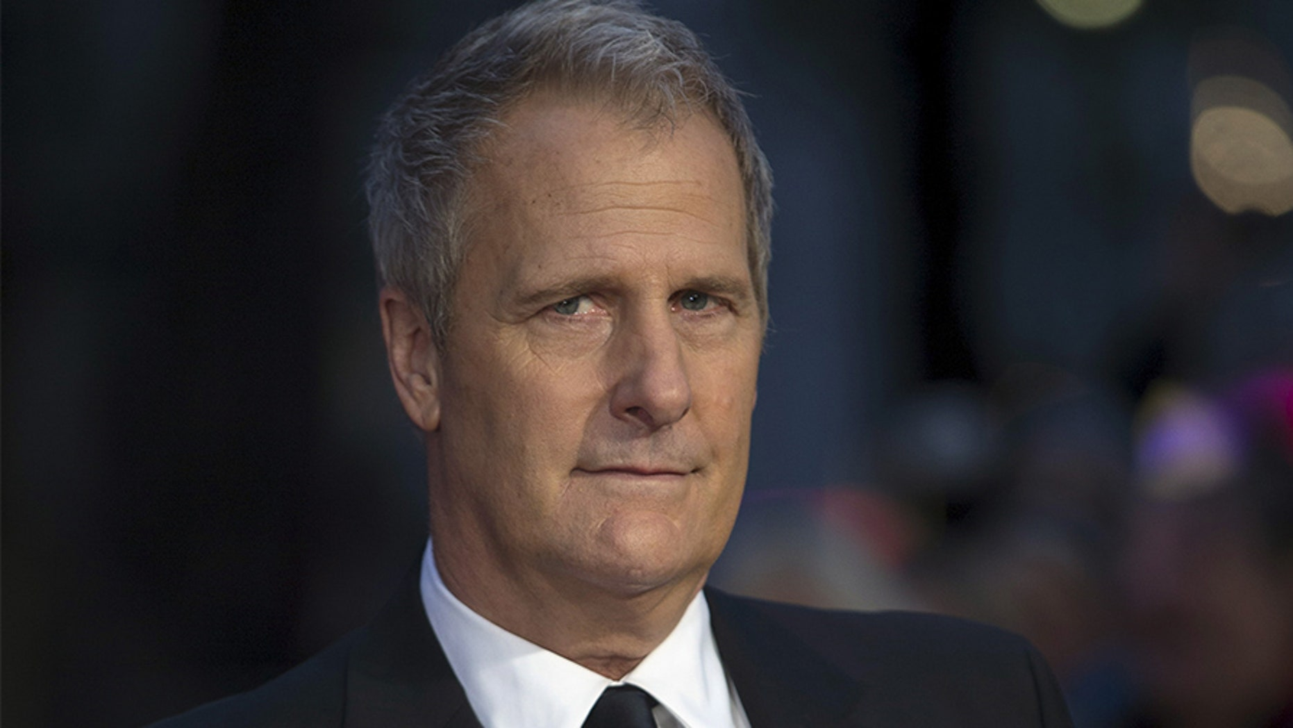 Jeff Daniels left Hollywood in 1986 and moved to Chelsea, Mich.