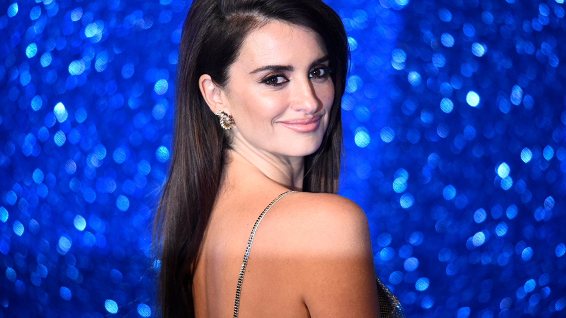 Penelope Cruz poses for photographers at the screening of Zoolander 2 at a cinema in central London, February 4, 2016.