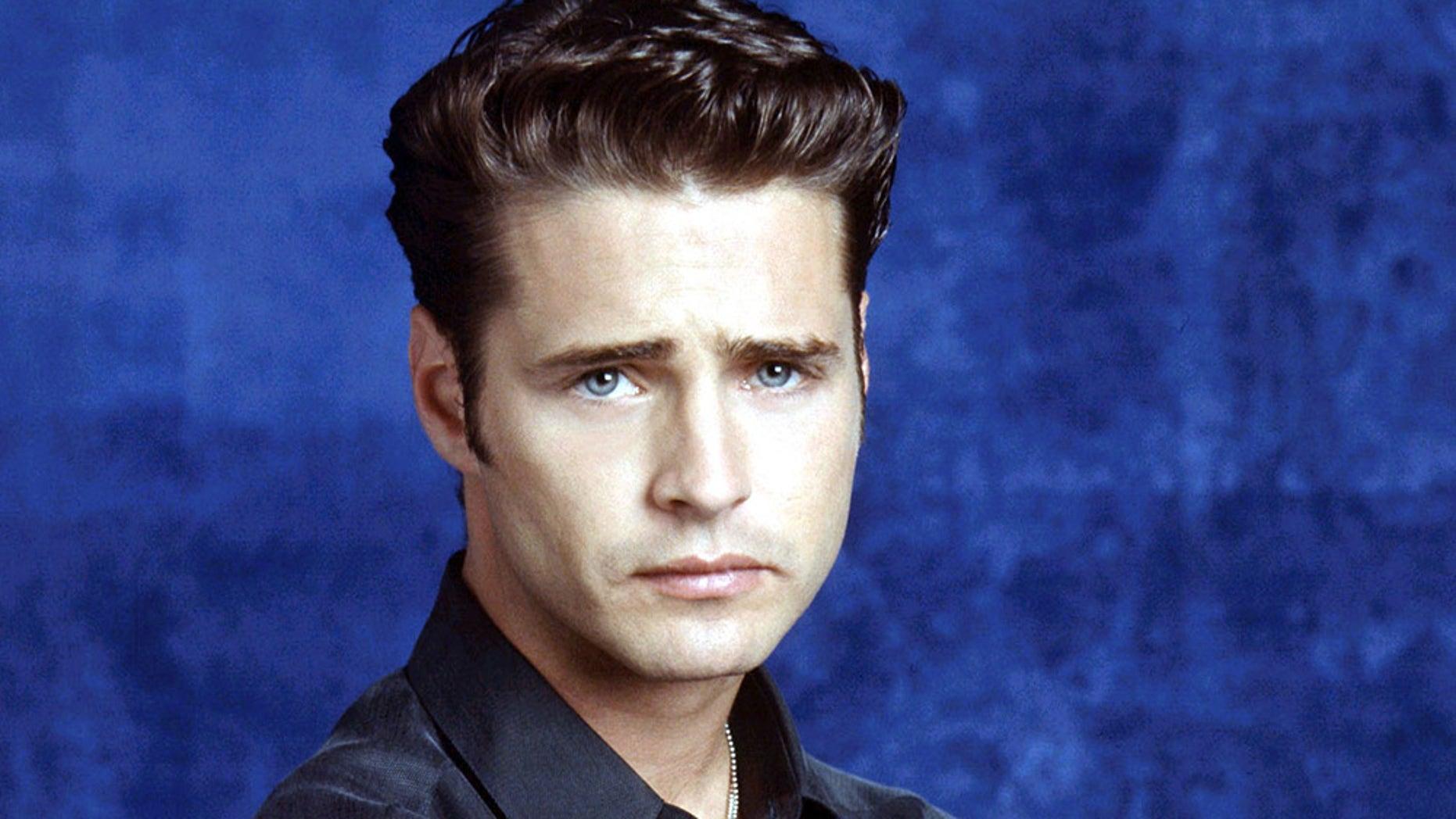 "Jason Priestley originally starred as Brandon Walsh in ""Beverly Hills, 90210"" from 1990 until 2000."
