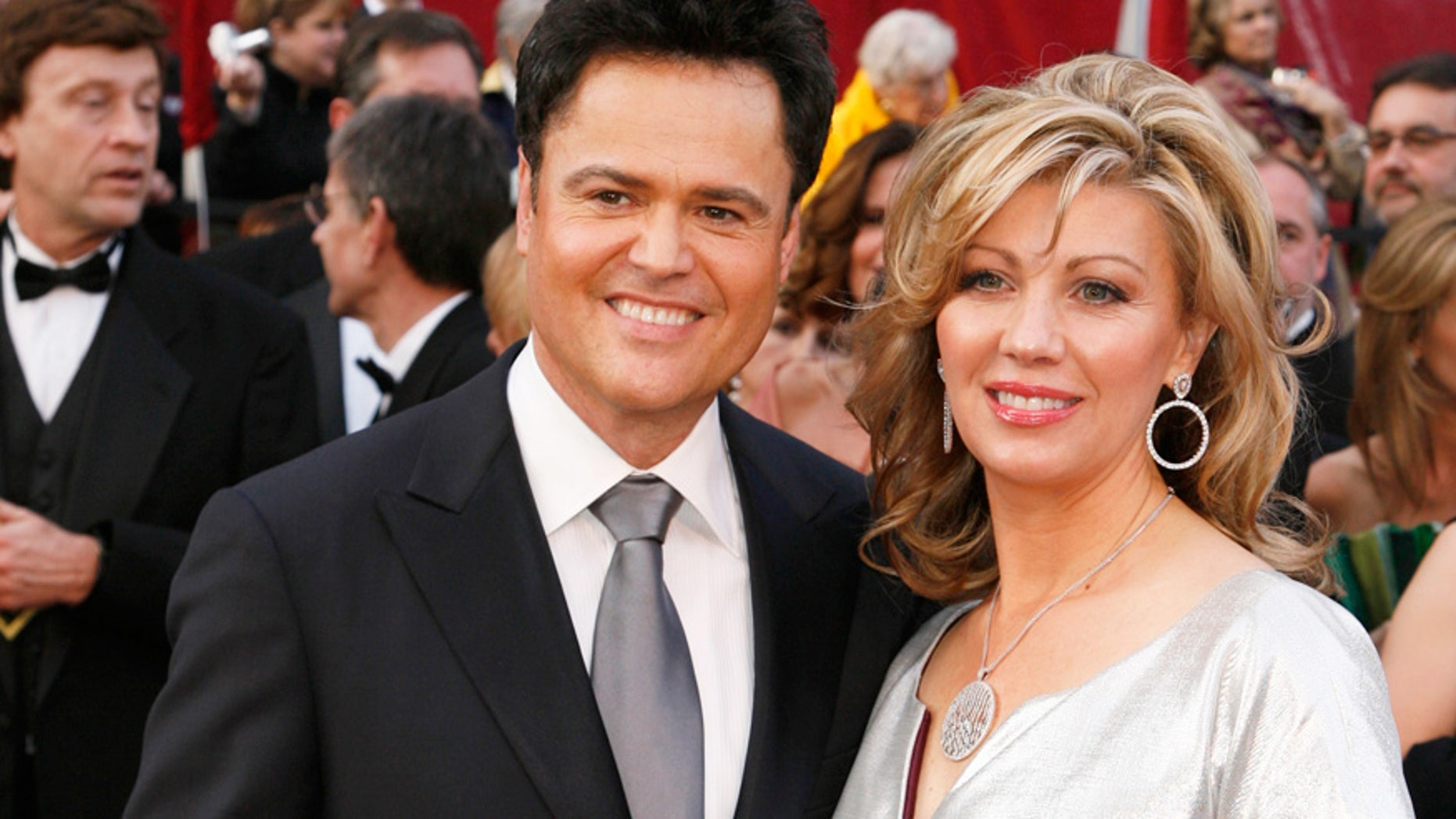 Donny Osmond is set to renew his vows with wife of 39 years, Debbie.