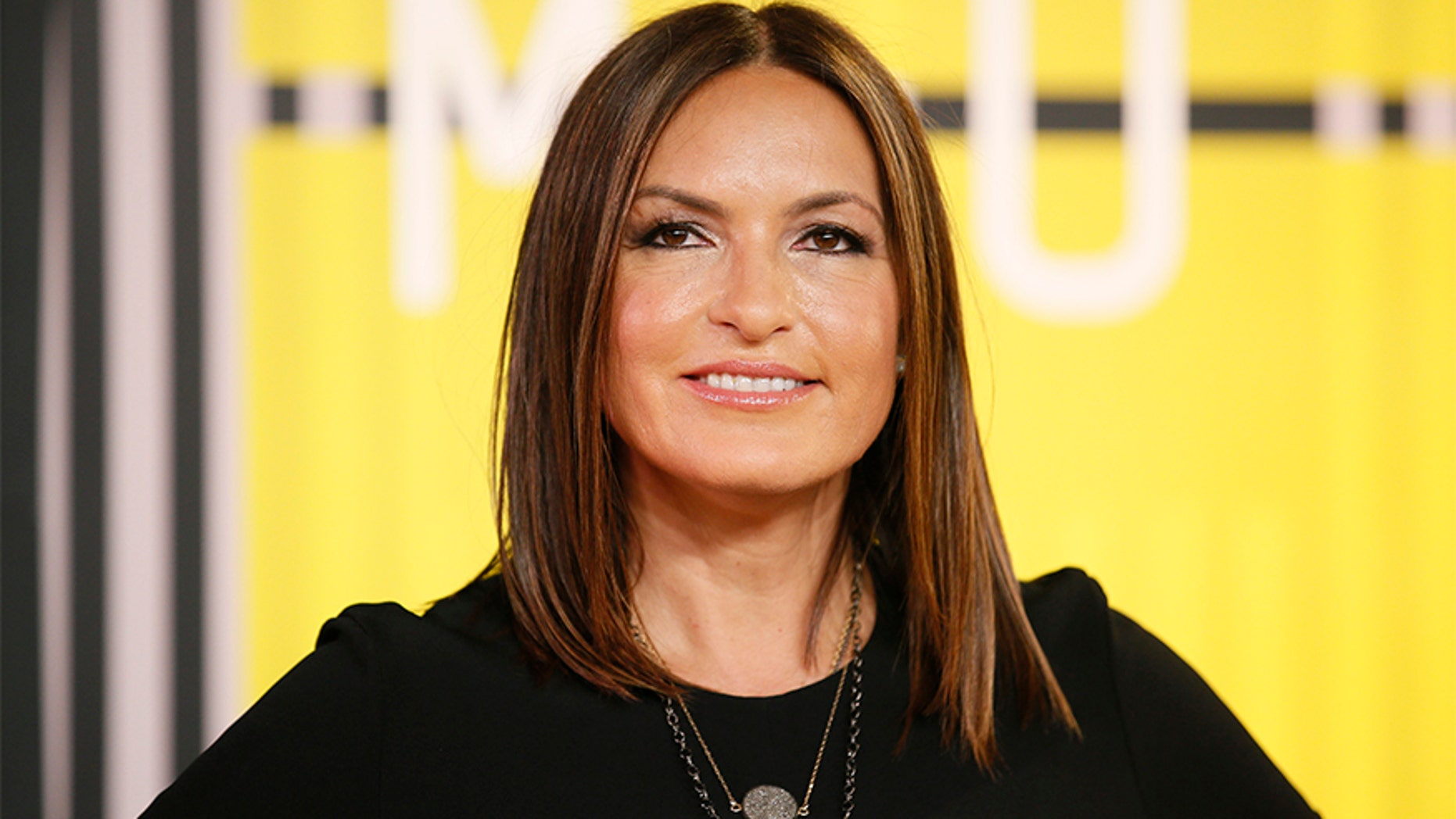 Actress Mariska Hargitay arrives at the 2015 MTV Video Music Awards in Los Angeles, California, August 30, 2015.  REUTERS/Danny Moloshok - RTX1QBZX