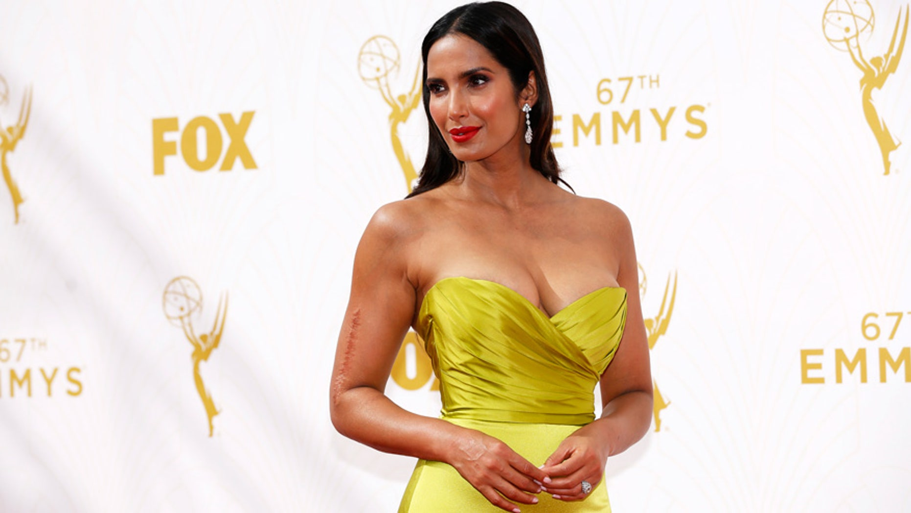 """Top Chef"" host Padma Lakshmi arrives at the 67th Primetime Emmy Awards in Los Angeles in 2015."