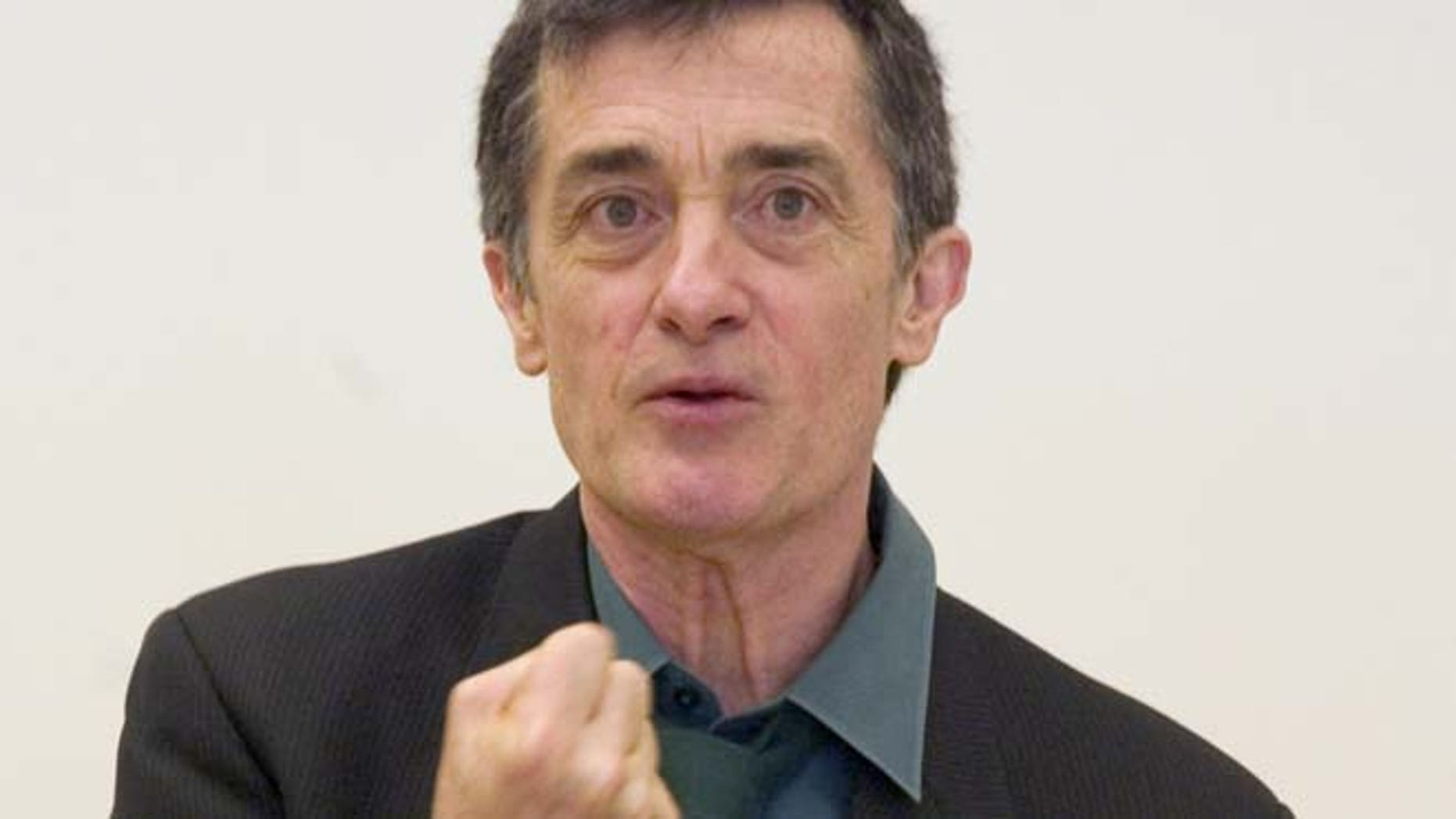 FILE 2006: Roger Rees, artistic director of the Williamstown Theatre Festival in Williamstown, Mass., introduced the 2006 season during a news conference in New York.