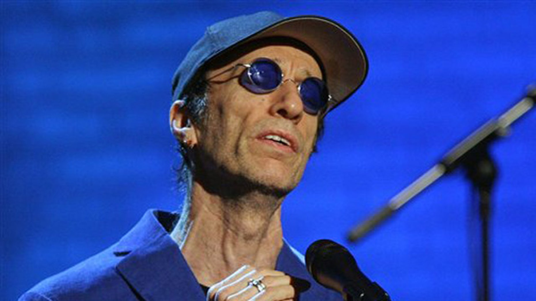 """Dec. 14, 2006: In this file photo, Robin Gibb performs during the """"Jose Carreras Gala"""" rehearsal in Leipzig, eastern Germany."""