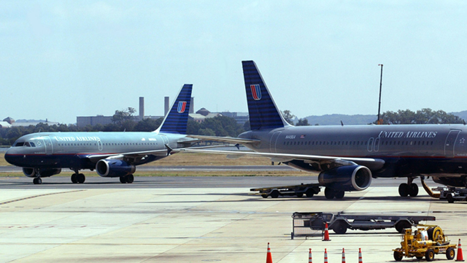 FILE: 2000: A United Airlines planes on the tarmac at Ronald Reagan National Airport, outside of Washington, D.C.