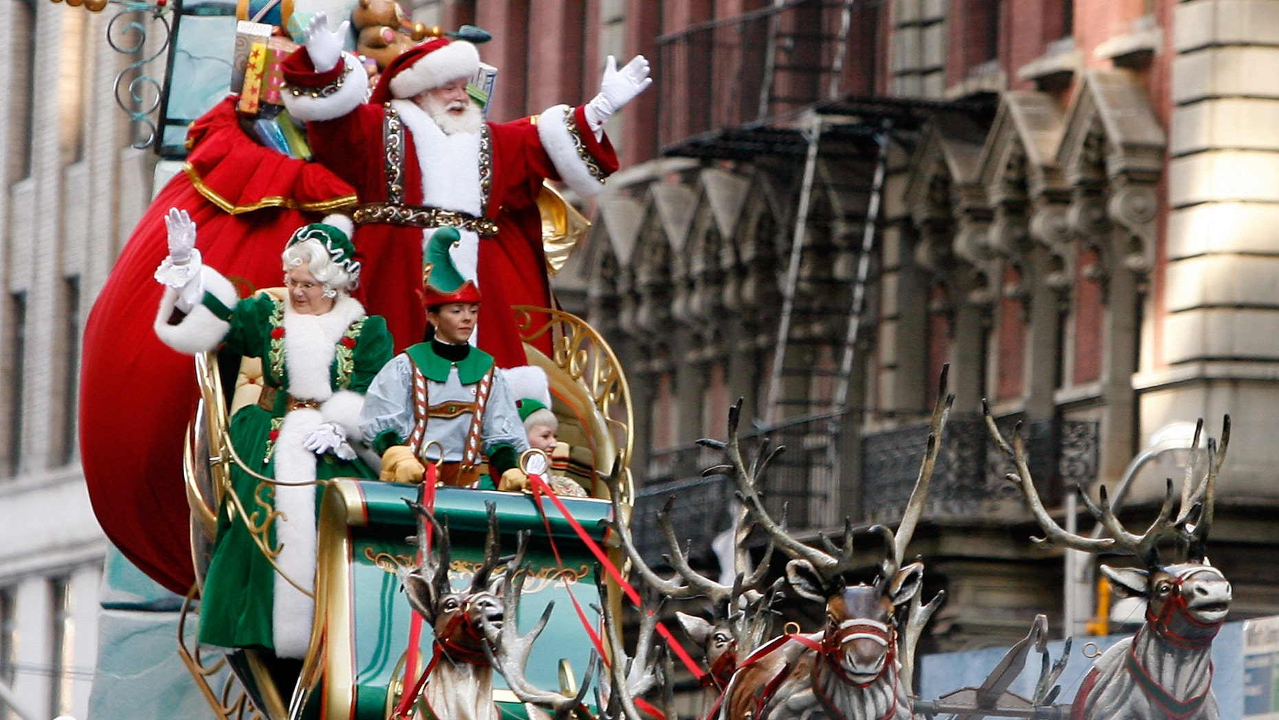 Santa Claus attends the 86th Annual Macy's Thanksgiving Day Parade on November 22, 2012 in New York City.  (Photo by Mike Lawrie/Getty Images)