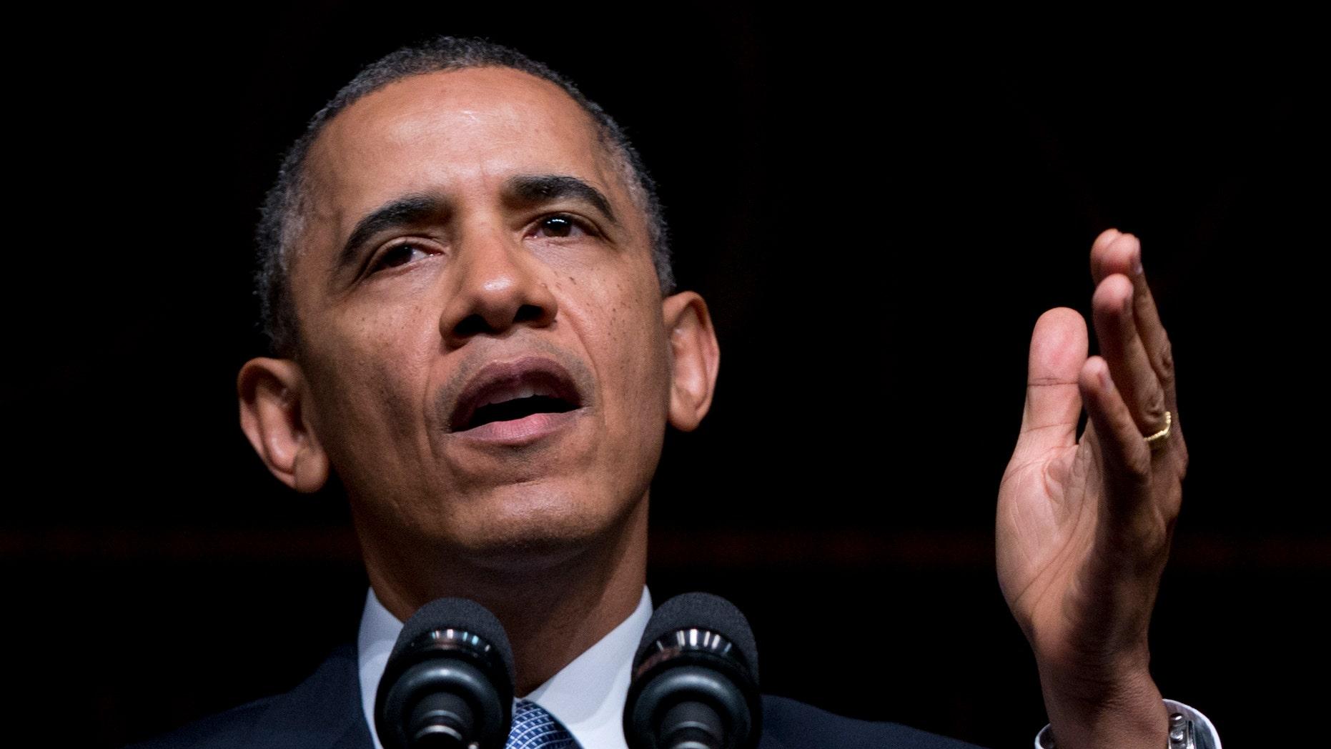 El presidente Barack Obama habla en la Biblioteca Presidencial LBJ, el jueves 10 de abril de 2014, en Austin, Texas, durante la conmemoración del 50mo aniversario de la firma de la Ley de Derechos Civiles. (Foto AP/Carolyn Kaster)