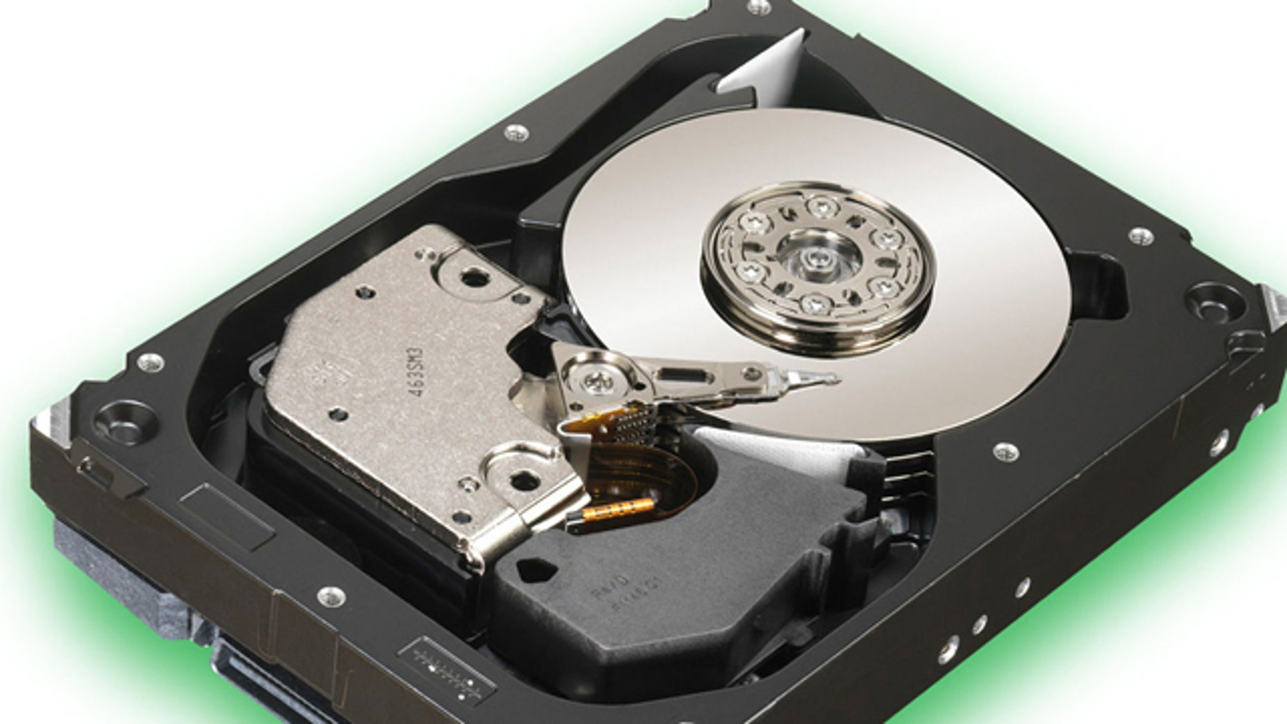 A Seagate Cheetah hard drive is exposed to show its mechanics. Manufacturers are working on an advanced format for hard drives that should boost performance -- just not in Windows XP.