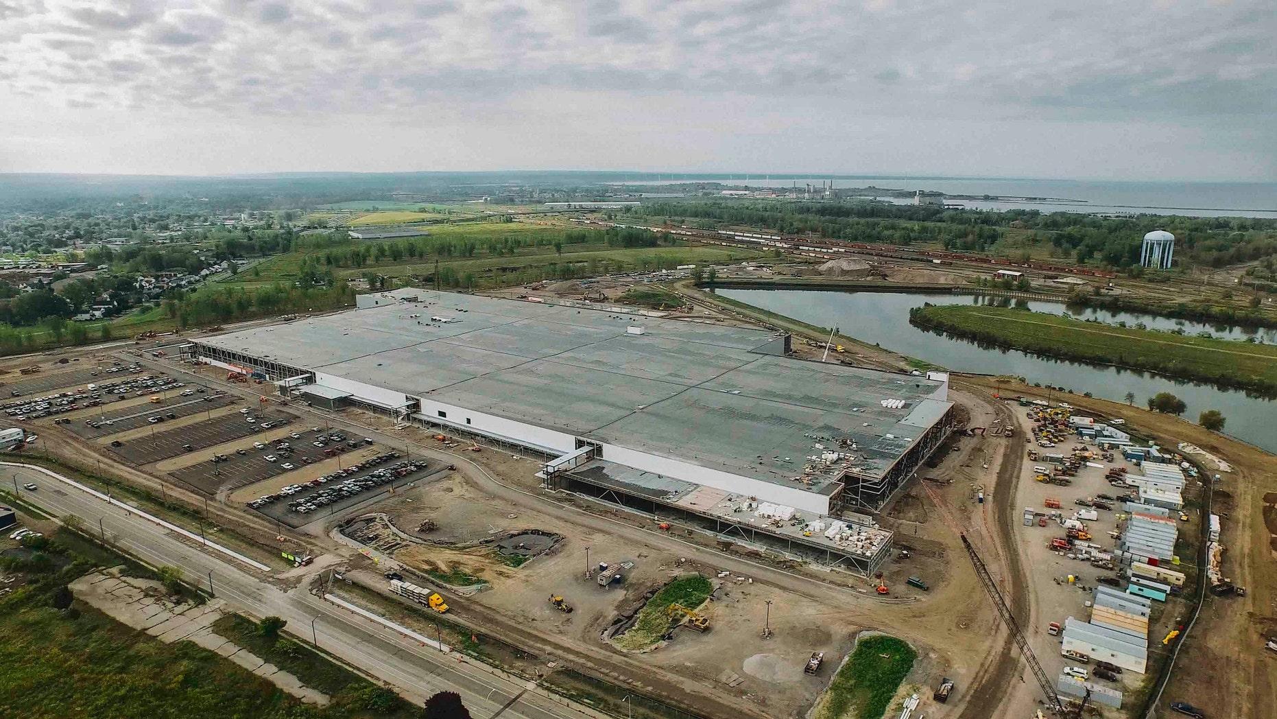 SolarCity's Buffalo, N.Y. plant under construction.