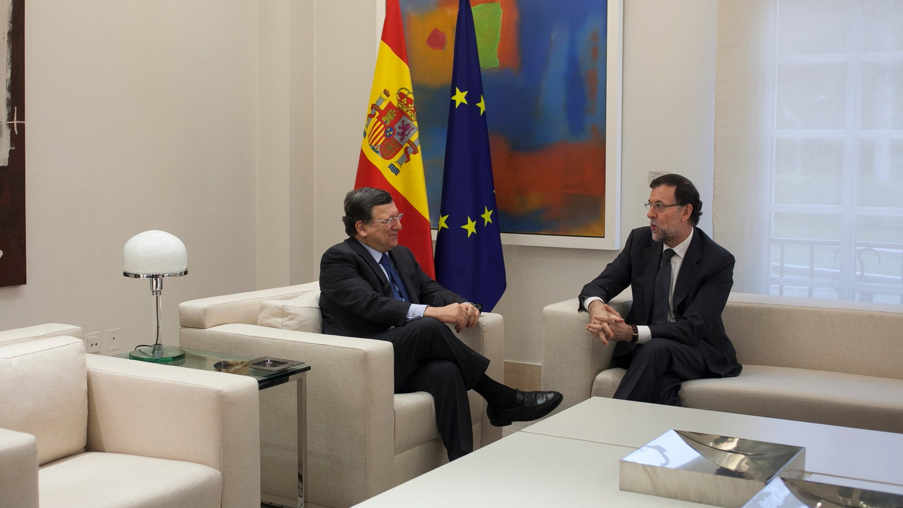 Spain's Prime Minister Mariano Rajoy and EU Commission President Jose Manuel Durao Barroso, in Madrid, Spain, Jan. 17, 2014.