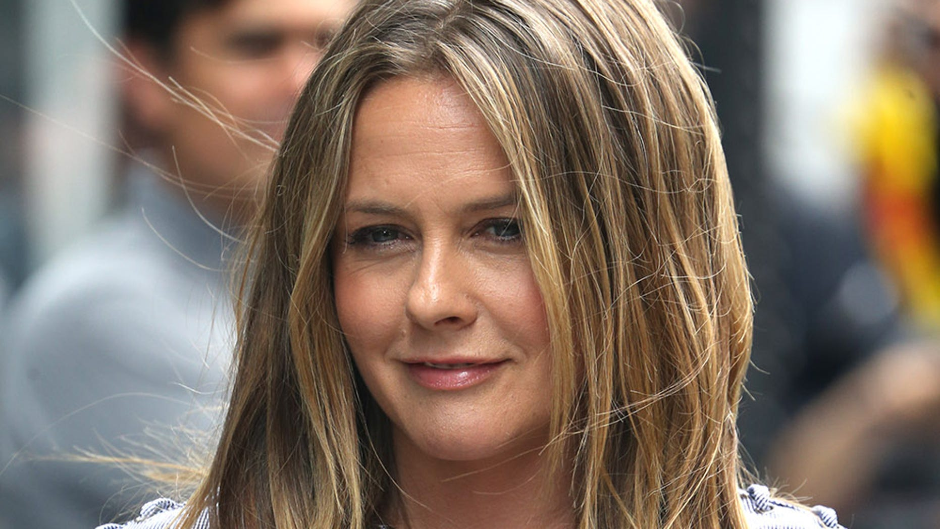 Actress Alicia Silverstone revealed she's dating again after her divorce.