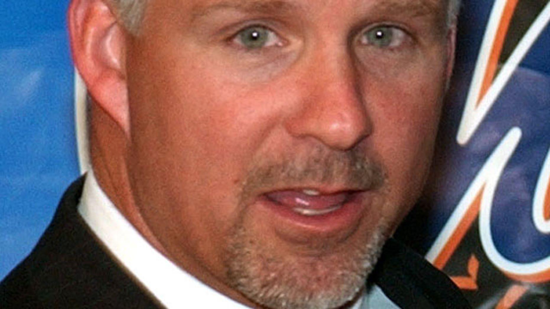 Formet Mets GM Steve Phillips