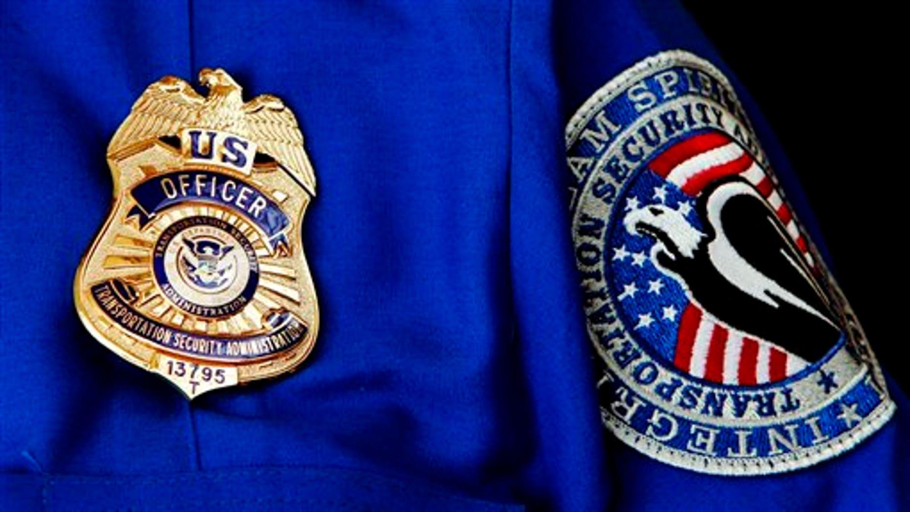 TSA Uniform (AP / File Photo)