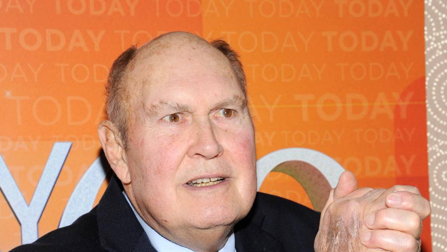 """FILE - This Jan. 12, 2012 file photo shows """"Today"""" show personality Willard Scott a the show's 60th anniversary celebration in New York. NBC says 80-year-old Willard Scott has tied the knot with his longtime partner. The veteran """"Today"""" show personality and Paris Keena were wed Tuesday in Fort Myers, Fla. They have been together for about 11 years, said """"Today"""" host Matt Lauer in sharing the news on Wednesday morning's telecast. (AP Photo/Evan Agostini, File)"""
