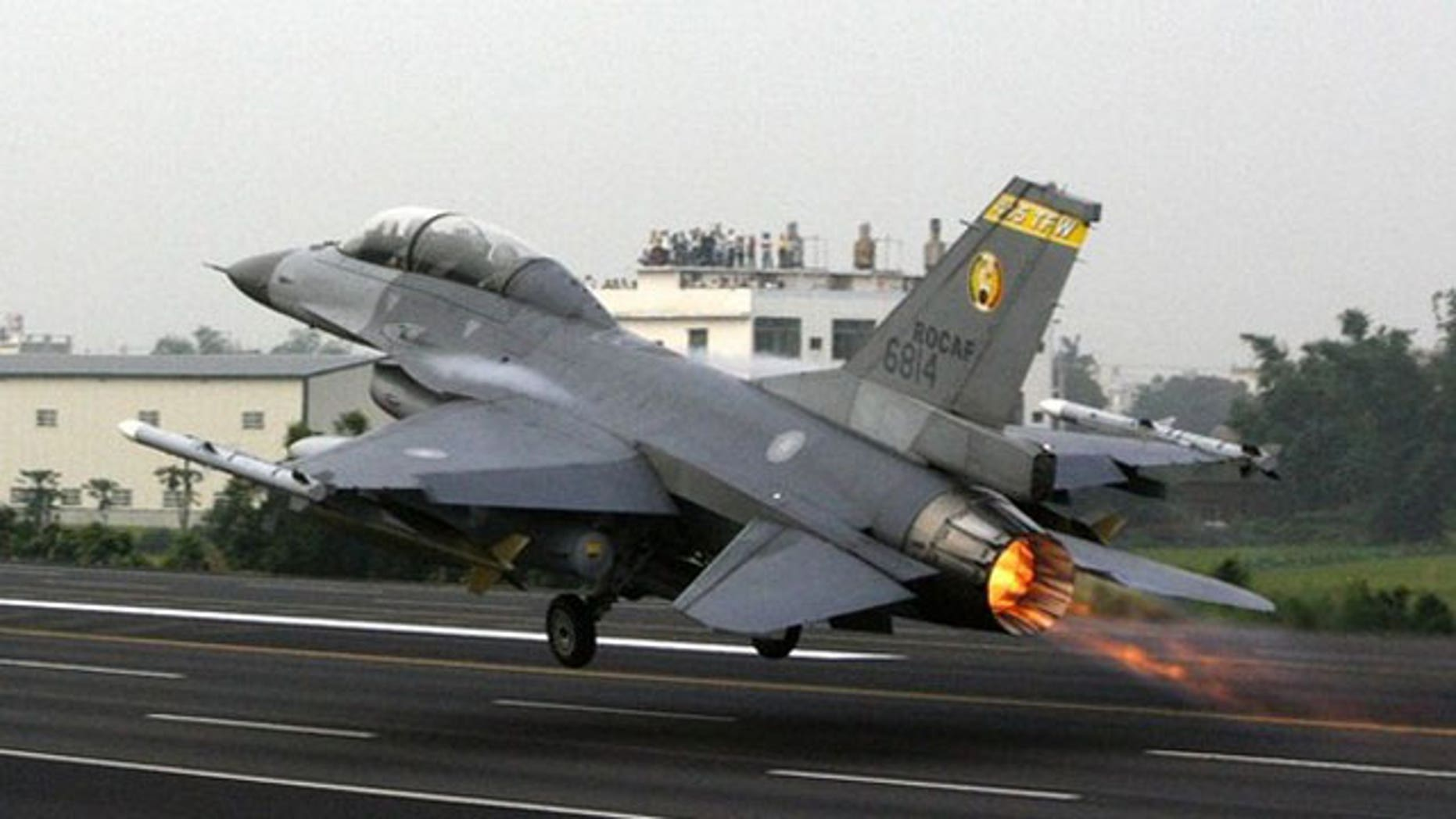 In this May 15, 2007 file photo, a Taiwan Air Force F-16 fighter jet takes off from the closed-off section of Sun Yat-sen freeway at Chang-hua county in central Taiwan.