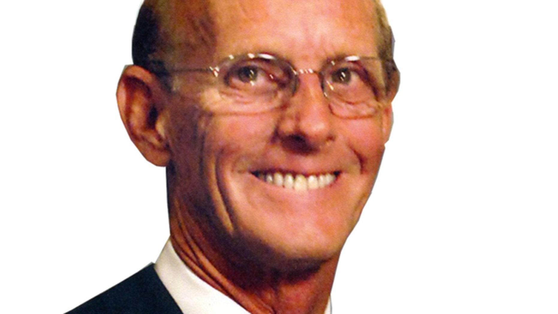 Tom Sponseller, a South Carolina restaurant lobbyist, was found dead of a self-inflicted gunshot wound.