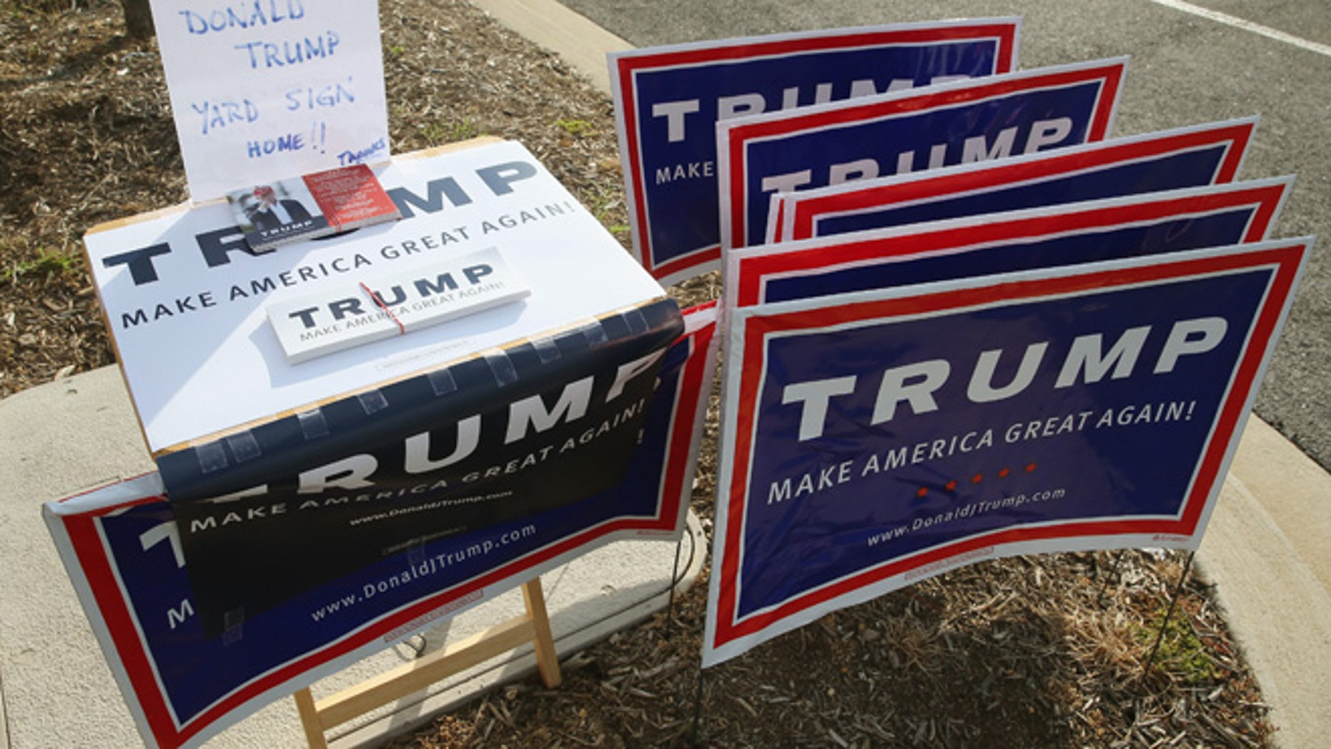 MECHANICSVILLE, MD - APRIL 25:  Trump campaigns are for the taking at the Mechanicsville Elementary School polling station, April 26, 2016 in Mechanicsville, Maryland. Maryland is one of five states that is holding their primary elections today. (Photo by Mark Wilson/Getty Images)