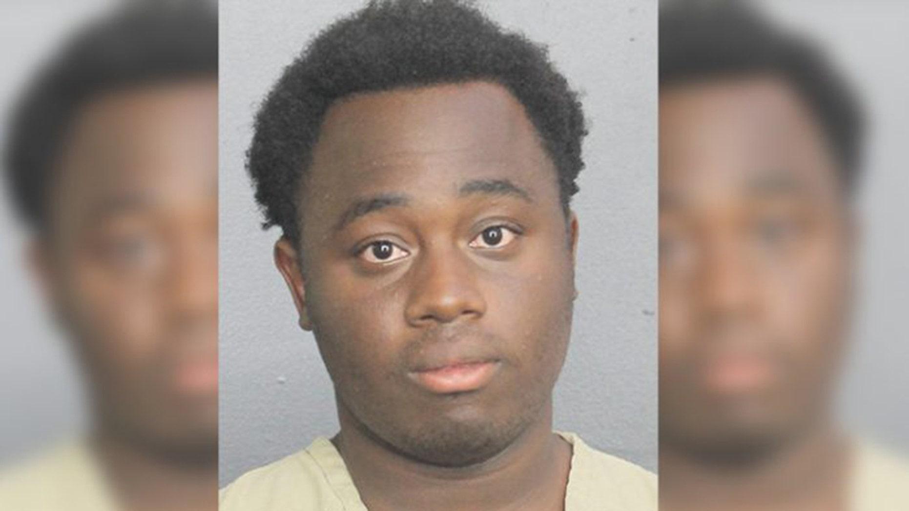 Mug shot for Tyrone Fields, 19, of Deerfield Beach, Fla.