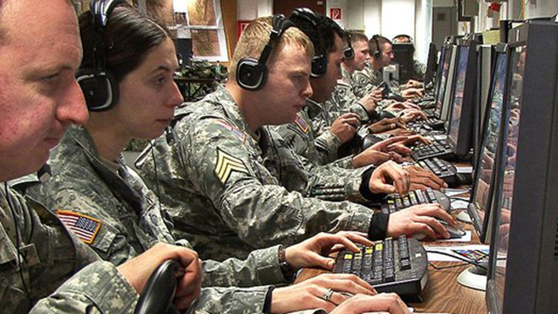 The Army needs better intelligence software -- and the $2.7 billion program it has isn't getting the job done, some analysts say.