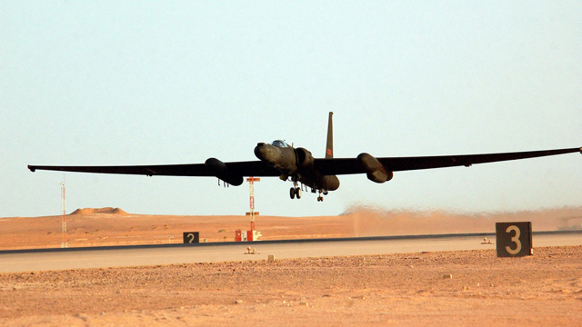 A US Air Force U-2R high altitude surveillance aircraft takes off from forward-deployed location supporting Operation Iraqi Freedom in 2003.