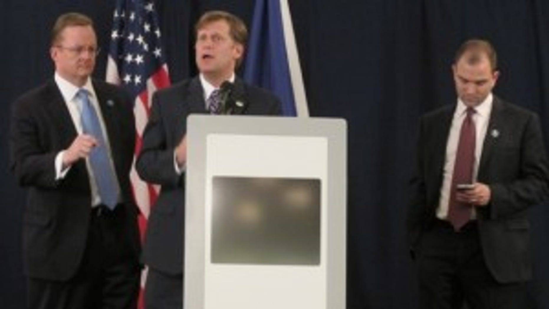Michael McFaul briefs the Press on President Obama's meeting with President Medvedev