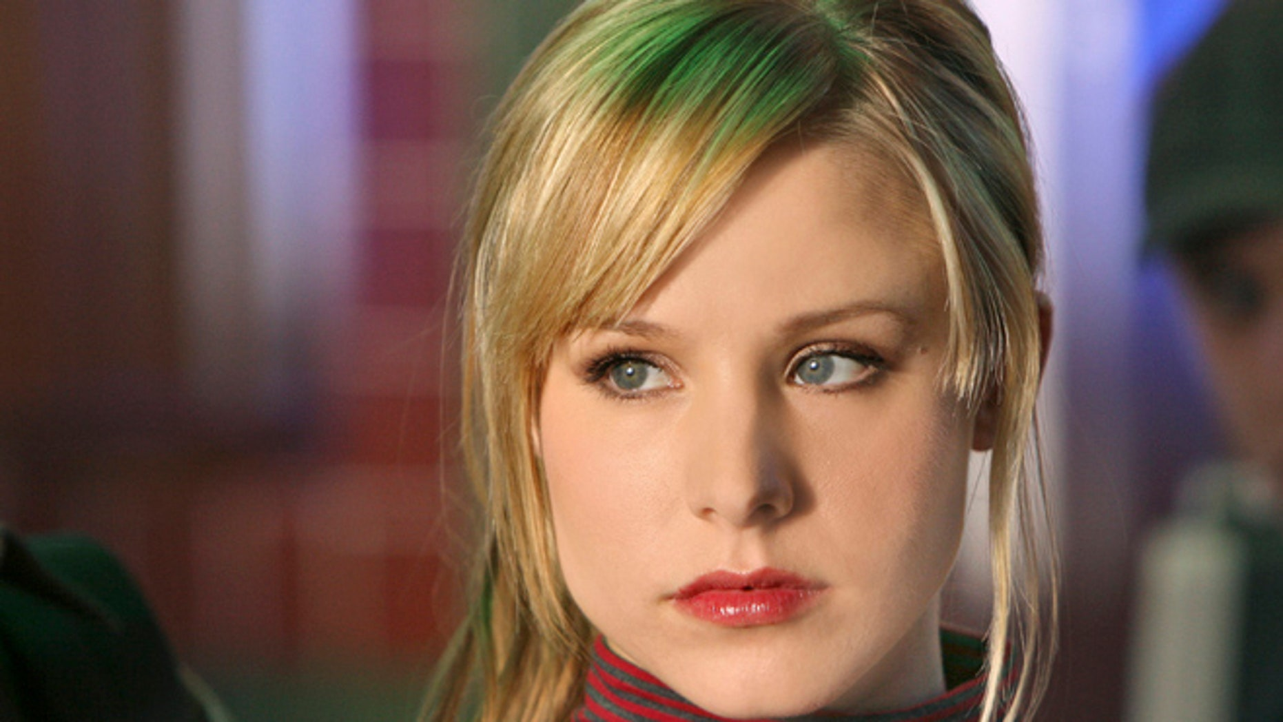 "This 2007 publicity photo supplied by the CW shows Kristen Bell,  who plays the title role in ""Veronica Mars"" on The CW Network."
