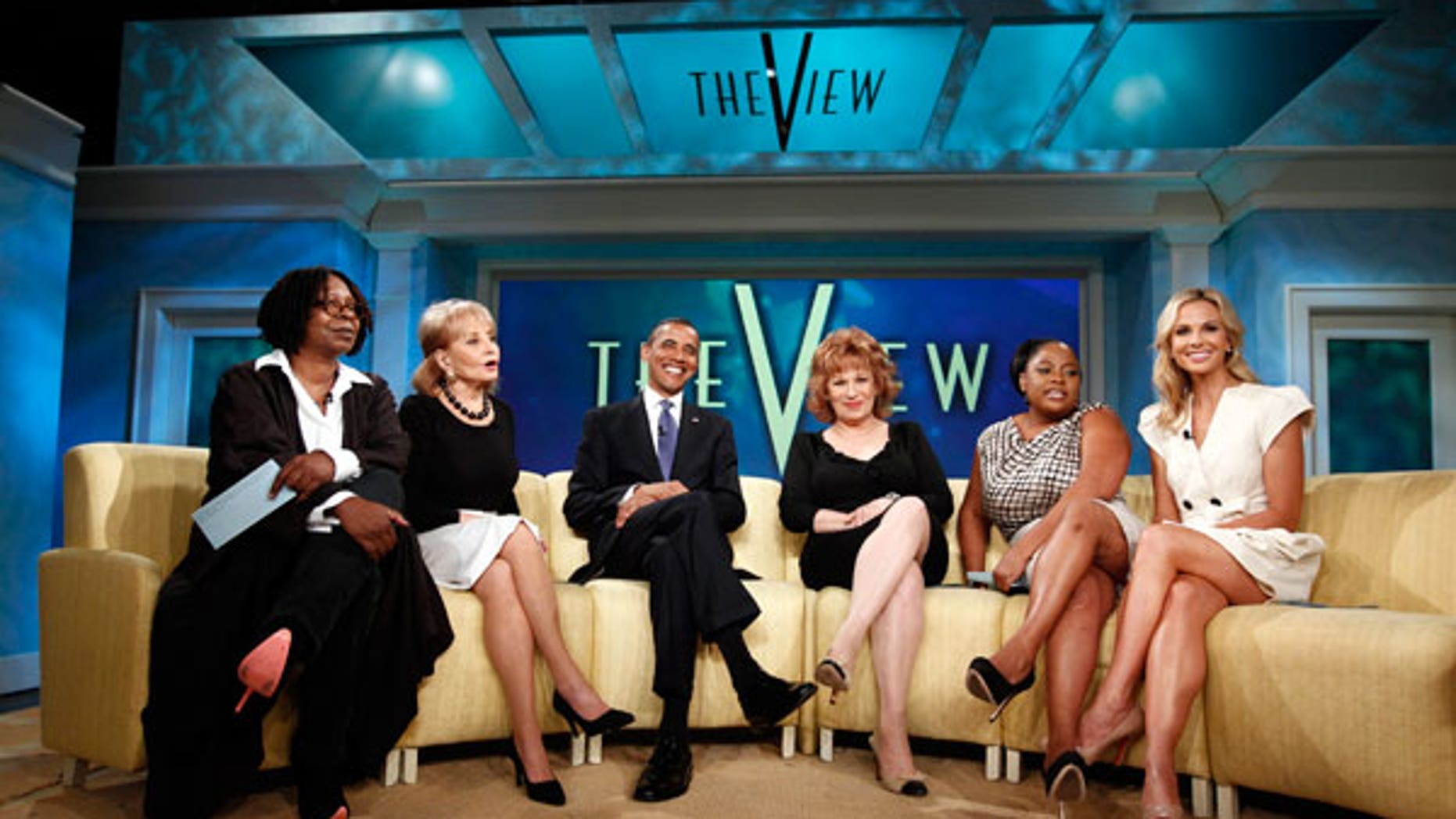 """The hosts of """"The View"""" with President Barack Obama"""