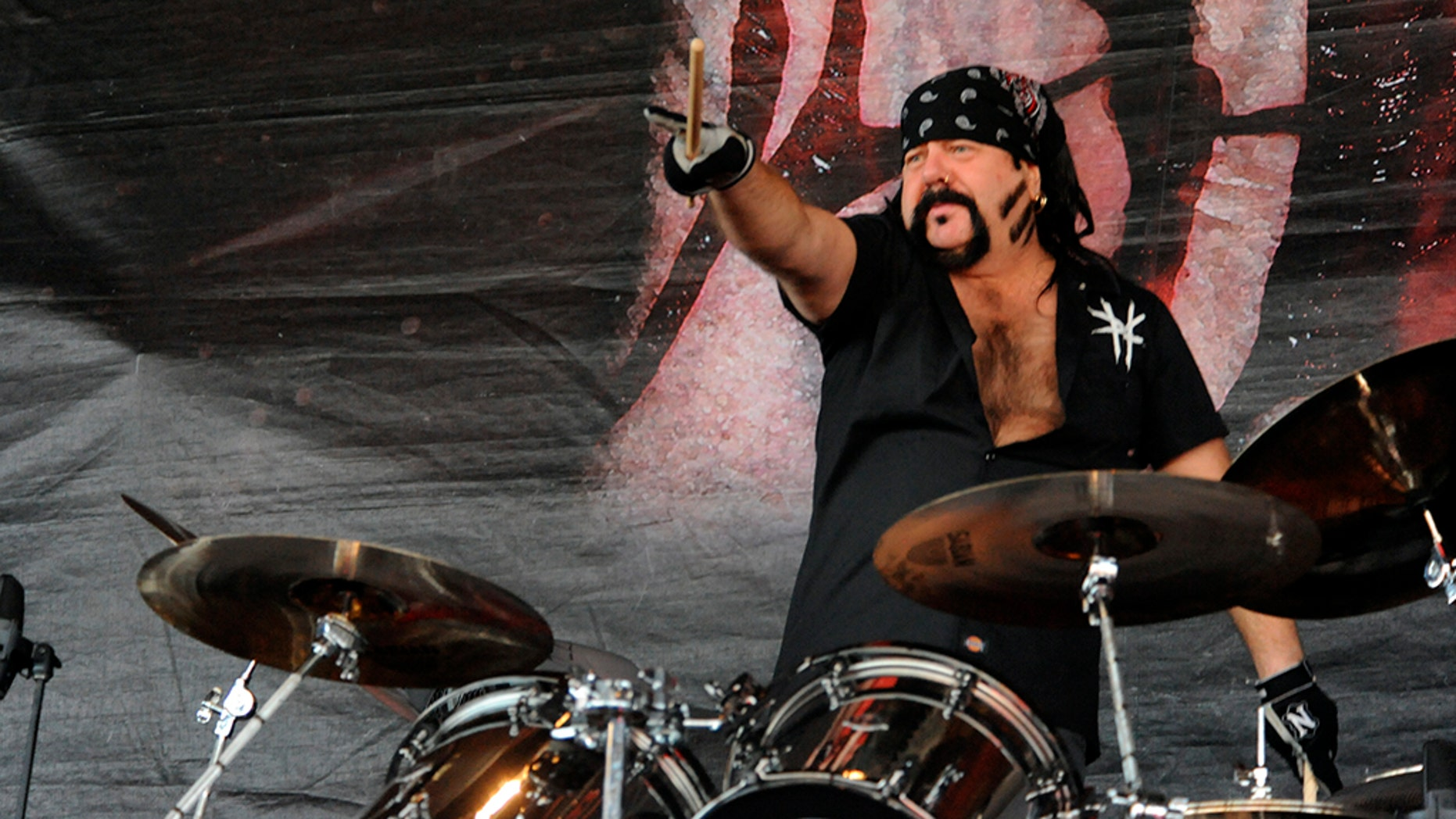 Vinnie Paul has passed away at the age of 54.