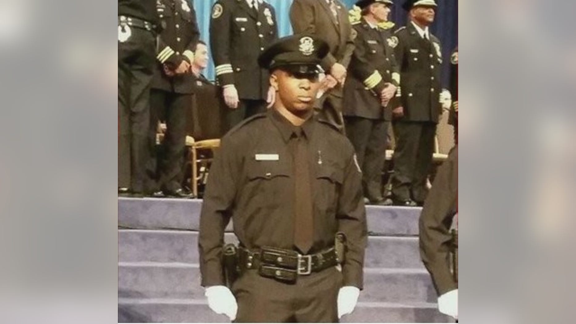 Detroit Police Office Glenn Doss Jr. died Sunday after being shot in the head and chest Wednesday while responding to a domestic violence call.