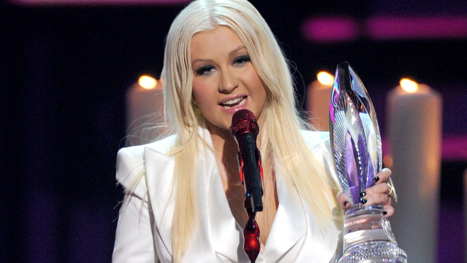 Jan. 09, 2013: Singer Christina Aguilera accepts the People's Voice Award onstage at the 39th Annual People's Choice Awards at Nokia Theatre L.A. Live in Los Angeles, Cali.