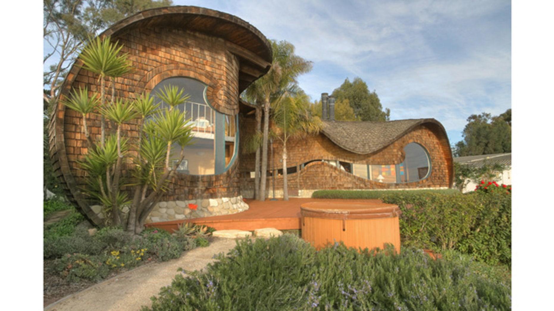 California Coast Wave House