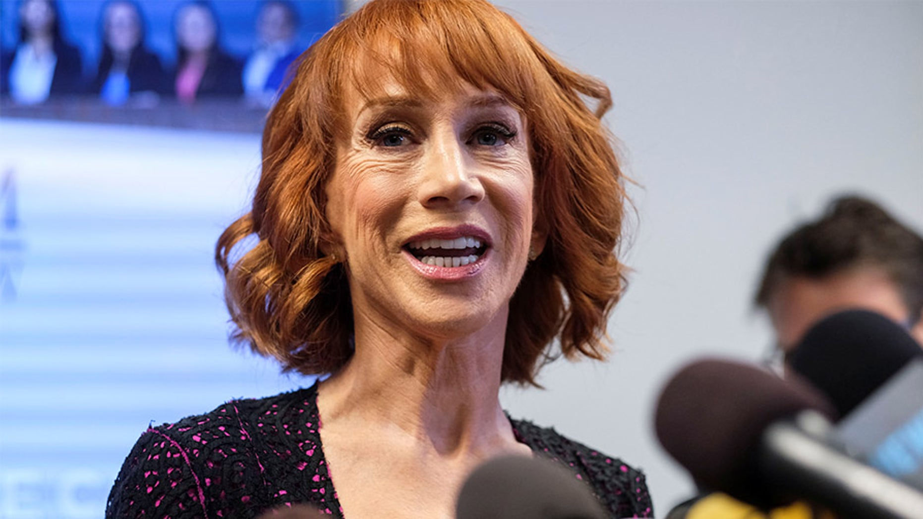 Kathy Griffin reflected on her bloody Trump photo controversy from a year ago on Twitter.