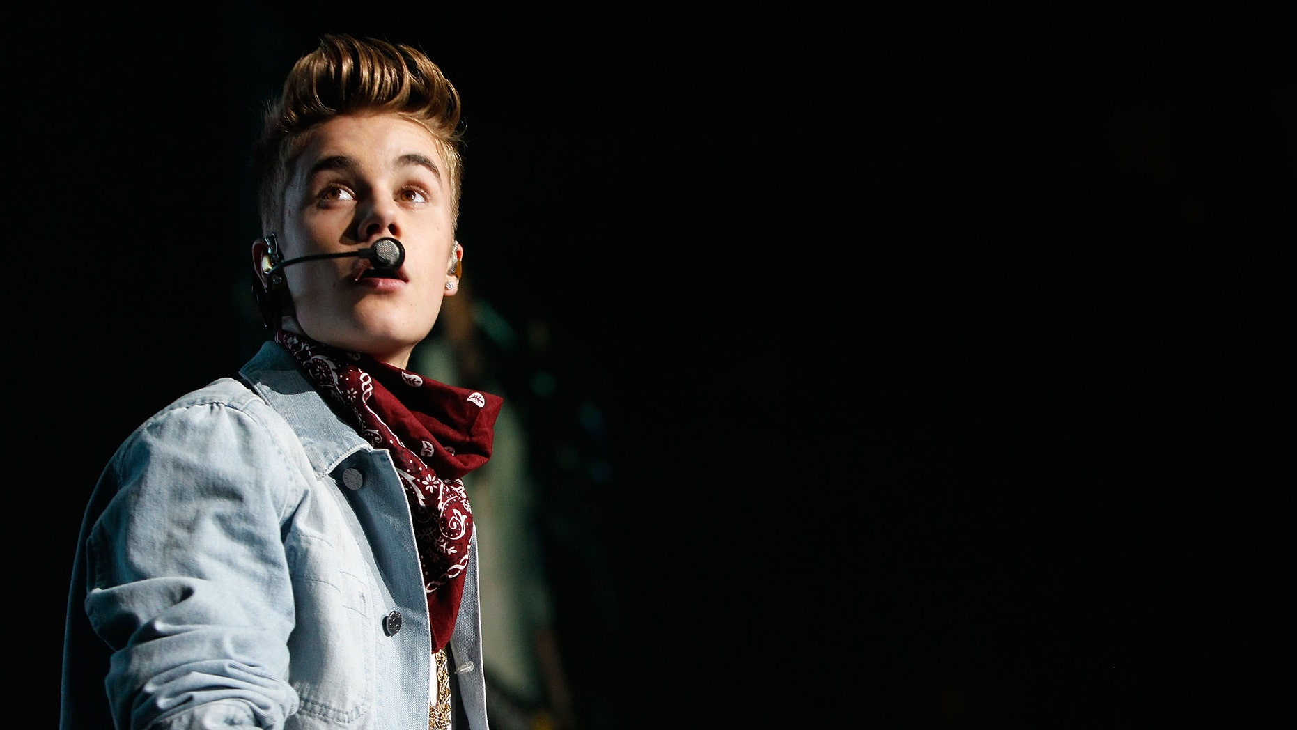 Justin Bieber performs onstage during Power 96.1's Jingle Ball 2012 at the Philips Arena on December 12, 2012 in Atlanta.