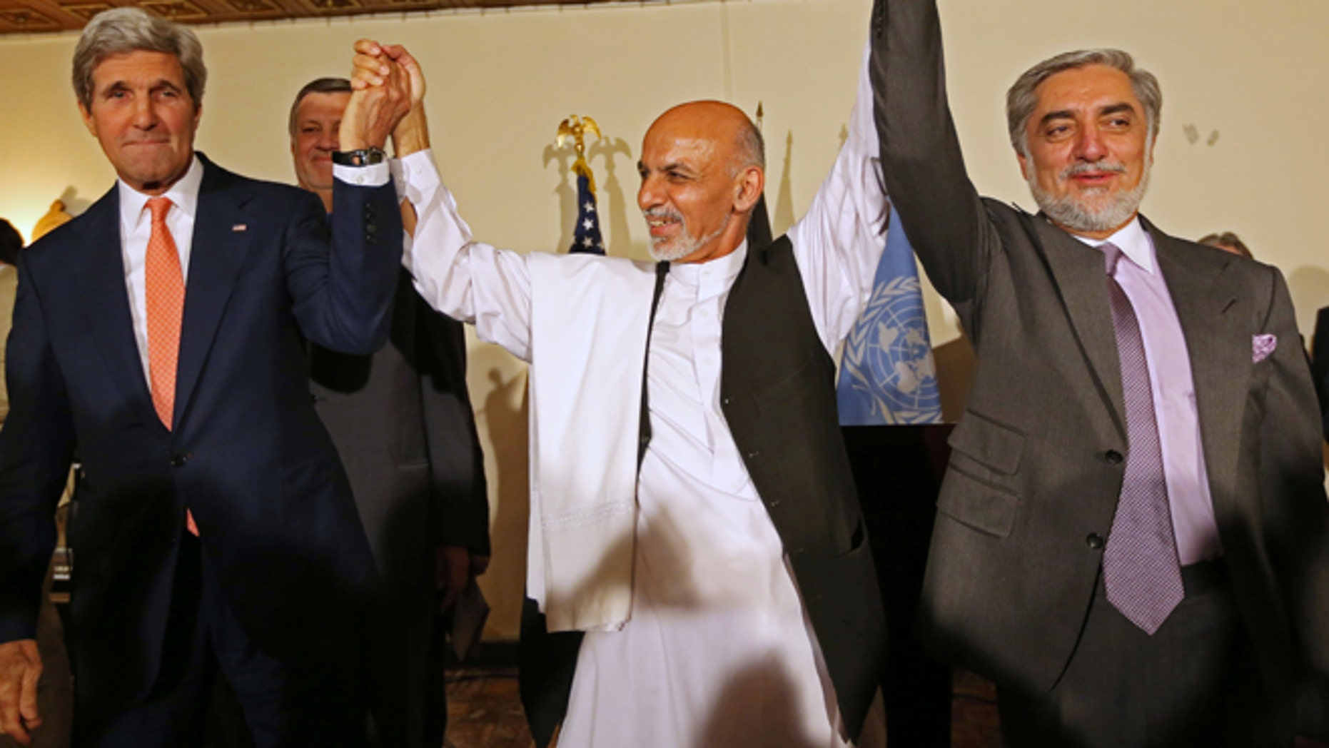 Afghanistan presidential election in crisis after candidate