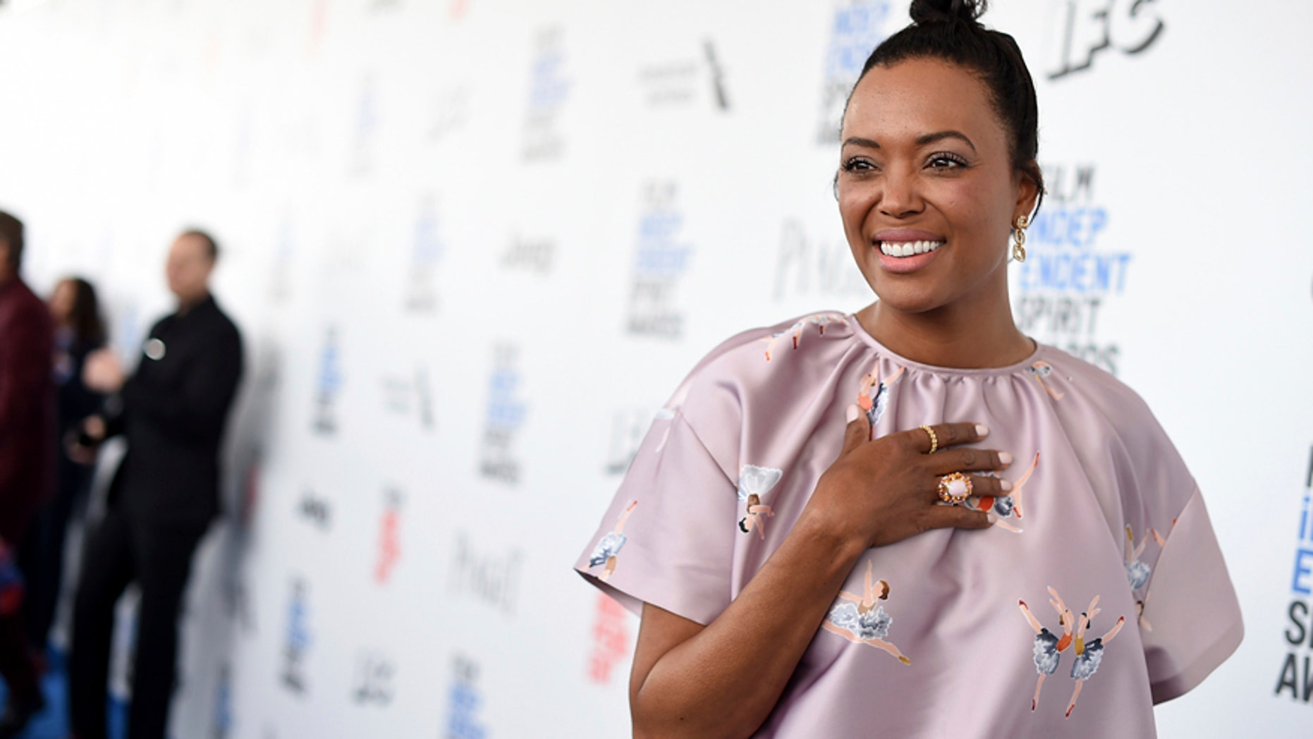 """In this Saturday, Feb. 25, 2017, file photo, Aisha Tyler arrives at the Film Independent Spirit Awards in Santa Monica, Calif. The daytime TV show """"The Talk"""" is losing Tyler, who announced on the air Thursday, June 15, that her increasingly busy career prompted the decision."""